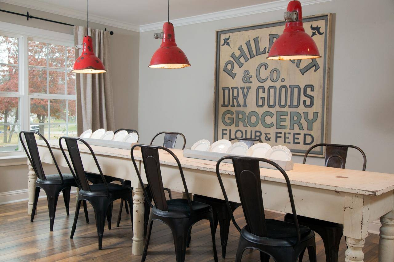 15 Ways To Dress Up Your Dining Room Walls | Hgtv's Decorating In 2018 Large Wall Art For Kitchen (Gallery 6 of 20)
