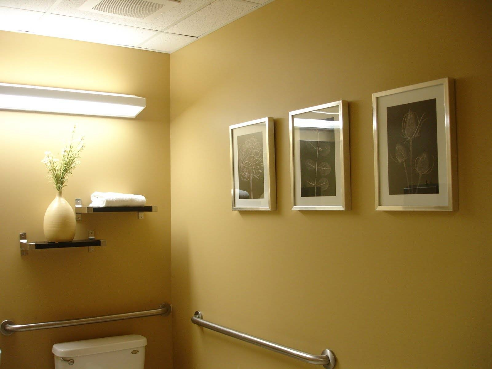 Featured Photo of Contemporary Bathroom Wall Art