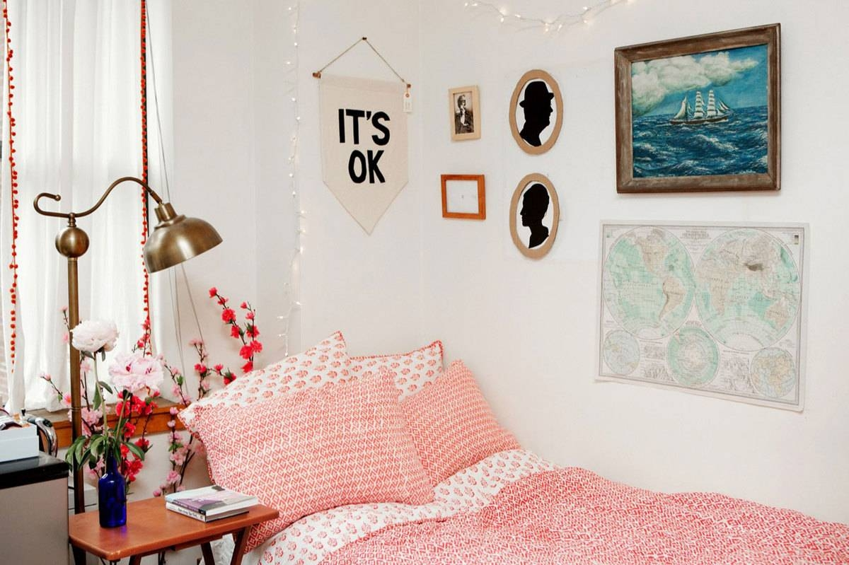 College Dorm Decor The Home Design : Ideas Of Dorm Décor To Make Pertaining To Latest College Dorm Wall Art (View 8 of 20)