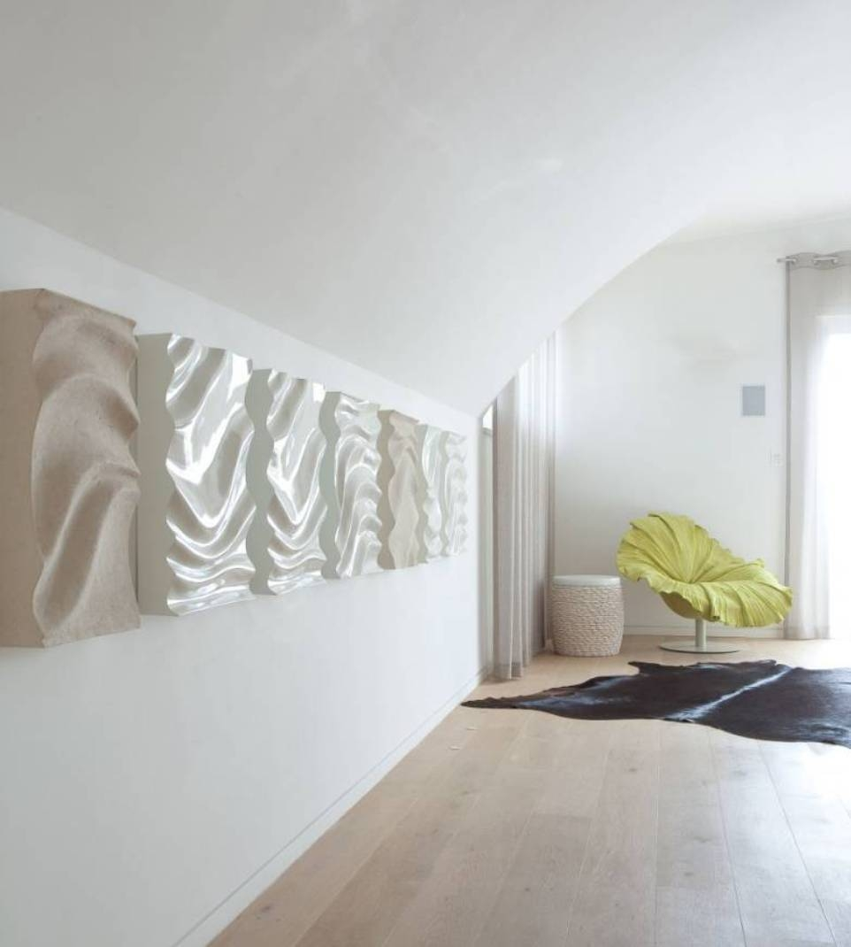 Contemporary Waving Ceramic Hallway Wall Art Ideas Beautiful Of With Recent Wall Art Ideas For Hallways (View 8 of 20)