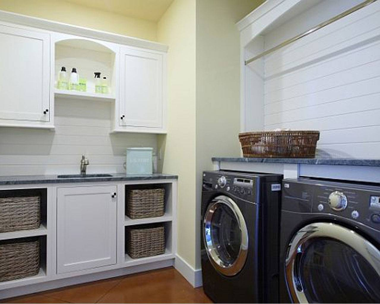 Decorating Laundry Room : The Ideas Of Sleek Laundry Room Decor Within Most Current Laundry Room Wall Art Decors (View 11 of 25)