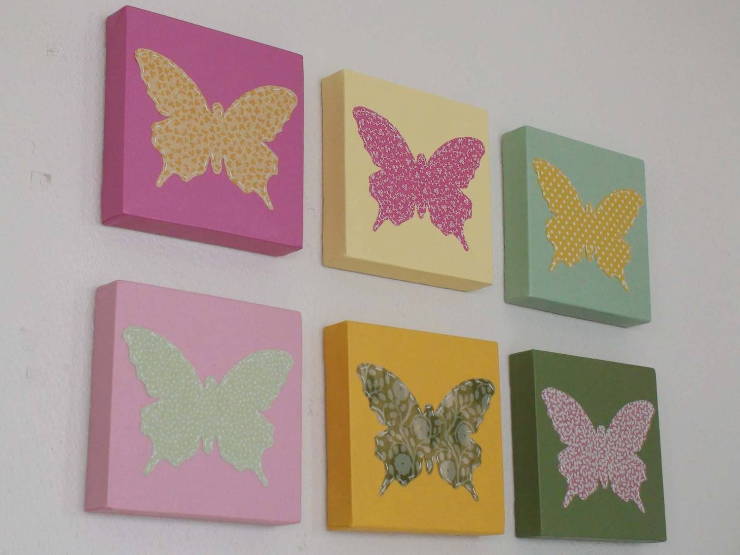 Eight Butterfly Canvas Wall Decorations | Decor Woo With Regard To Most Popular Butterfly Canvas Wall Art (View 7 of 20)