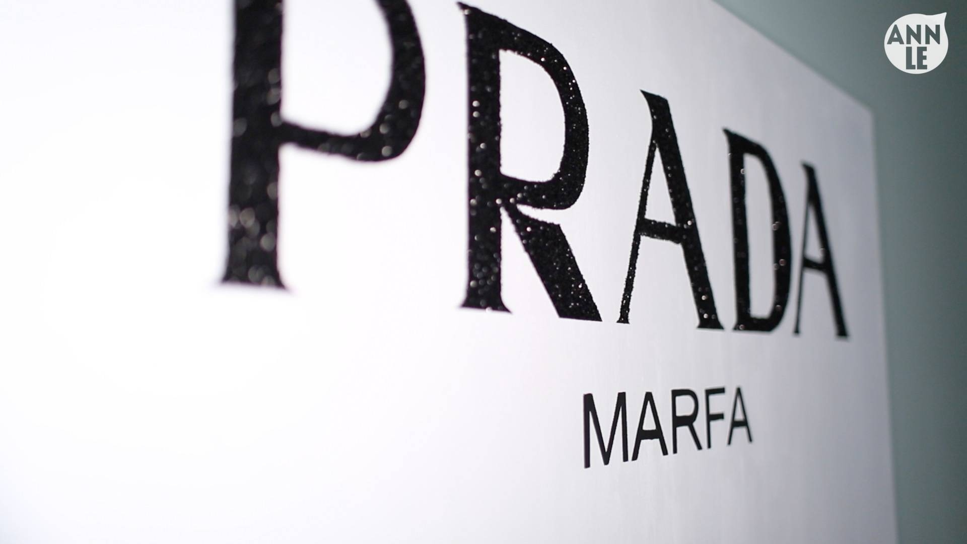 Gossip Girl Prada Wall Art – Ann Le Style Intended For Most Up To Date Prada Marfa Wall Art (View 9 of 25)
