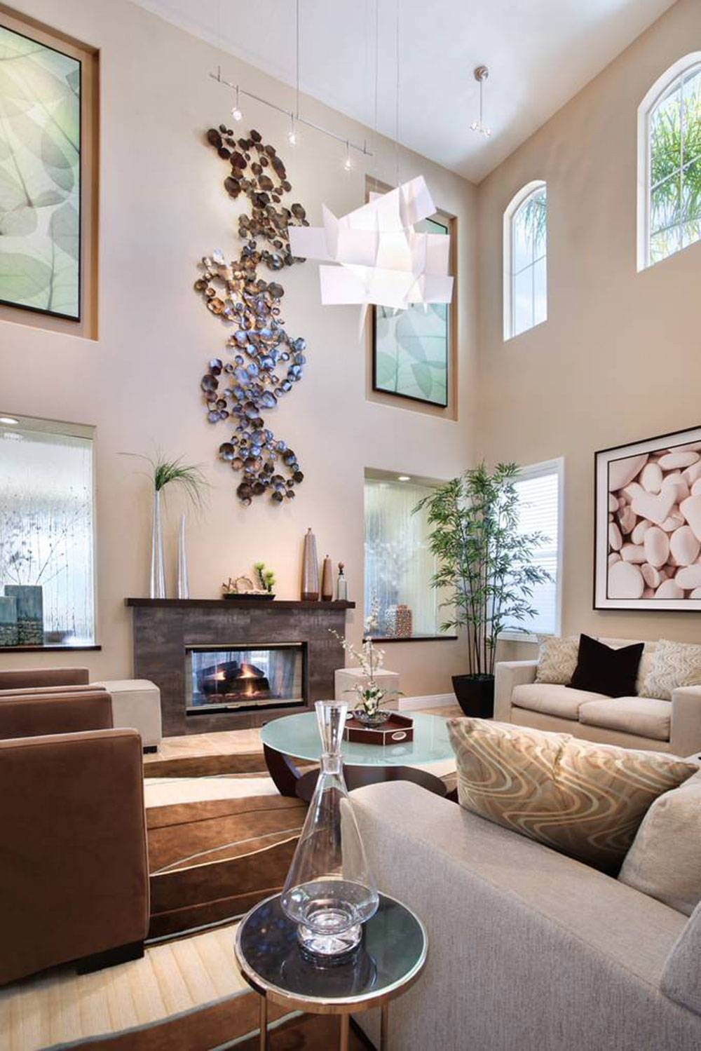 High Ceiling Rooms And Decorating Ideas For Them With Regard To Best And Newest Tall Wall Art Decor (View 3 of 20)