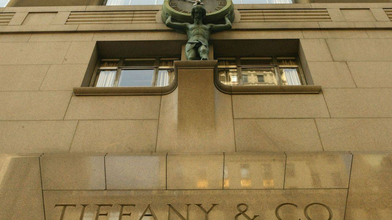 Secrets Of The Tiffany & Co (View 19 of 30)