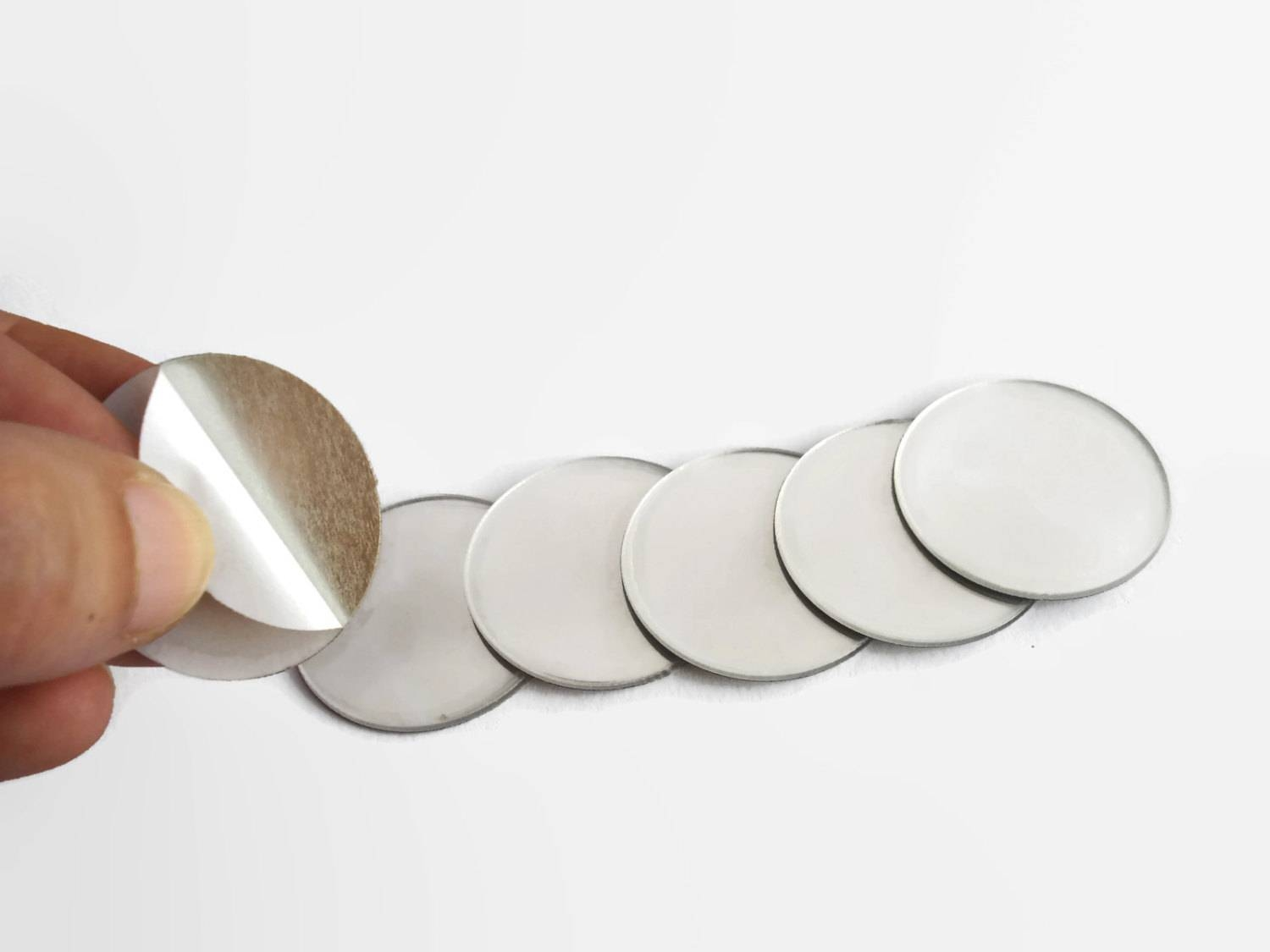 Small Round Mirrors Wall Art – Round Designs Intended For Newest Small Round Mirrors Wall Art (View 9 of 20)