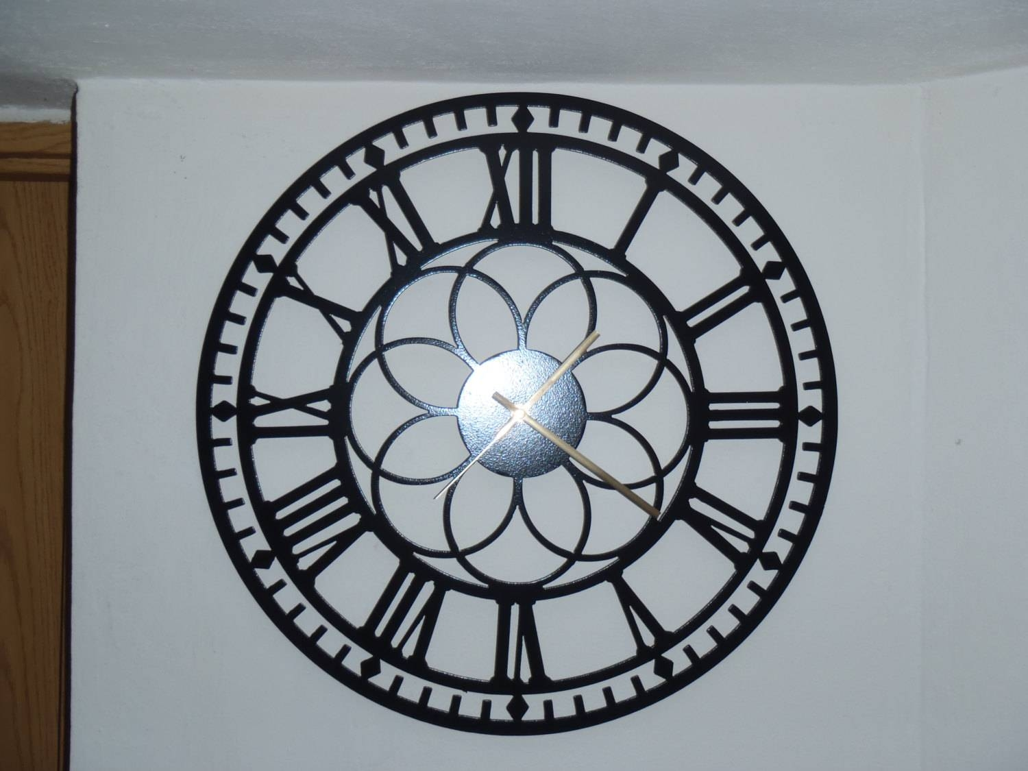 20 Clock Roman Numbers Metal Wall Art Black Metal Inside Recent Black Metal  Wall Art Decor