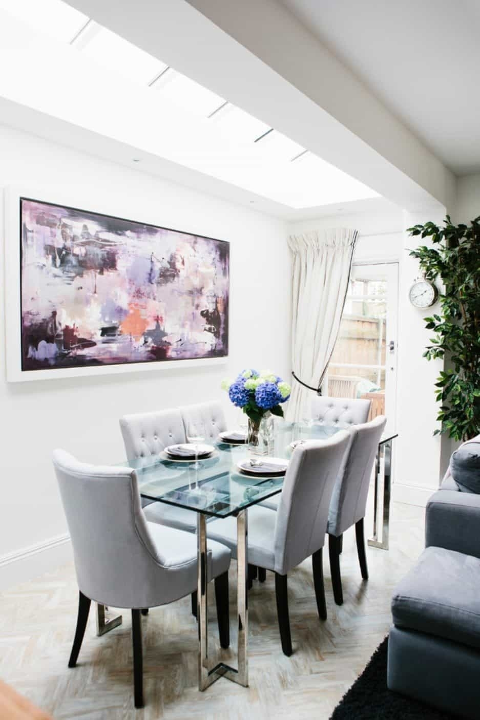 Dining Room With Glass Table And Abstract Wall Art – Cleaning Ways With Regard To Most Recently Released Abstract Wall Art For Dining Room (View 11 of 20)