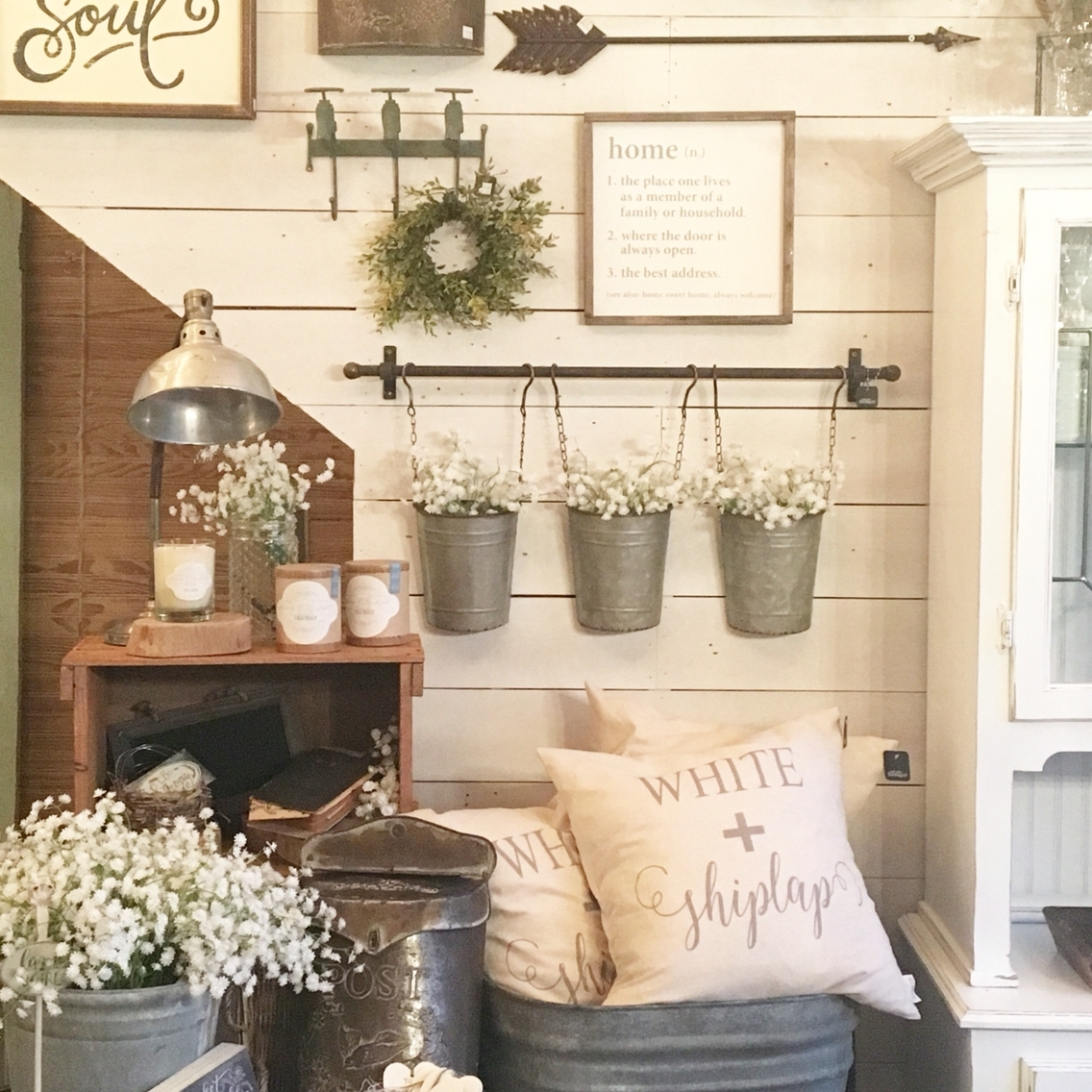 27 Best Rustic Wall Decor Ideas And Designs For 2018 Throughout Newest Rustic Wall Accents (View 6 of 15)