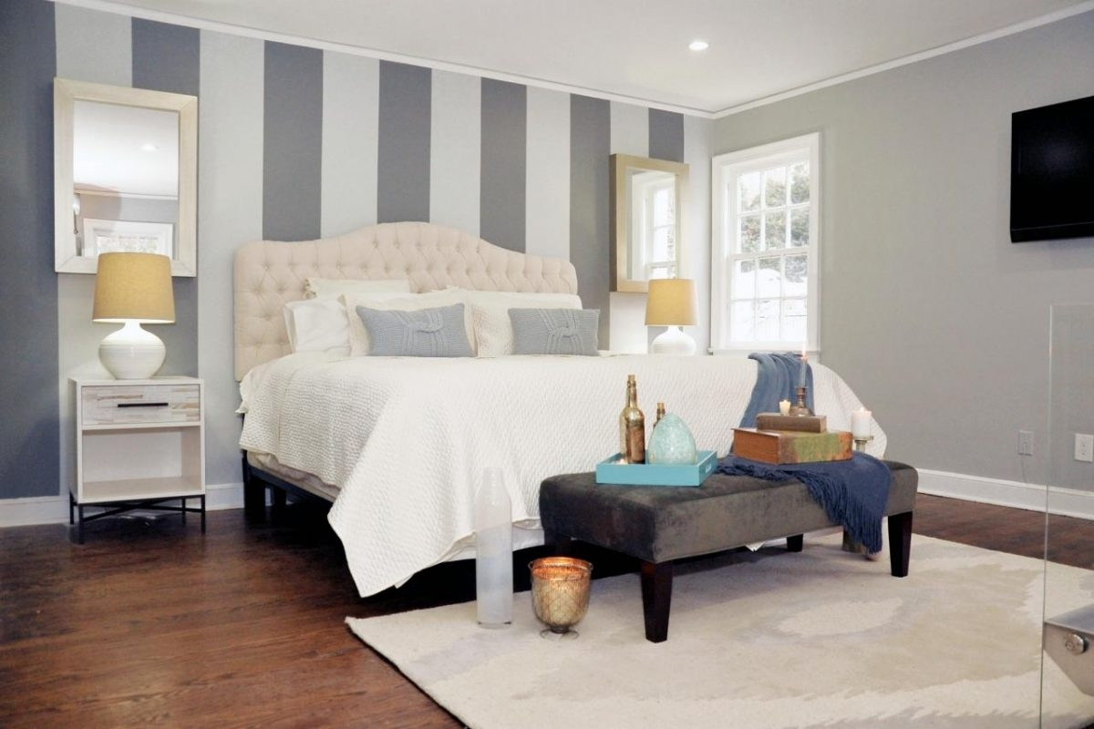 Applying The Hassle Free Yet Stunning Bedroom Accent Wall With Current Vertical Stripes Wall Accents (View 3 of 15)