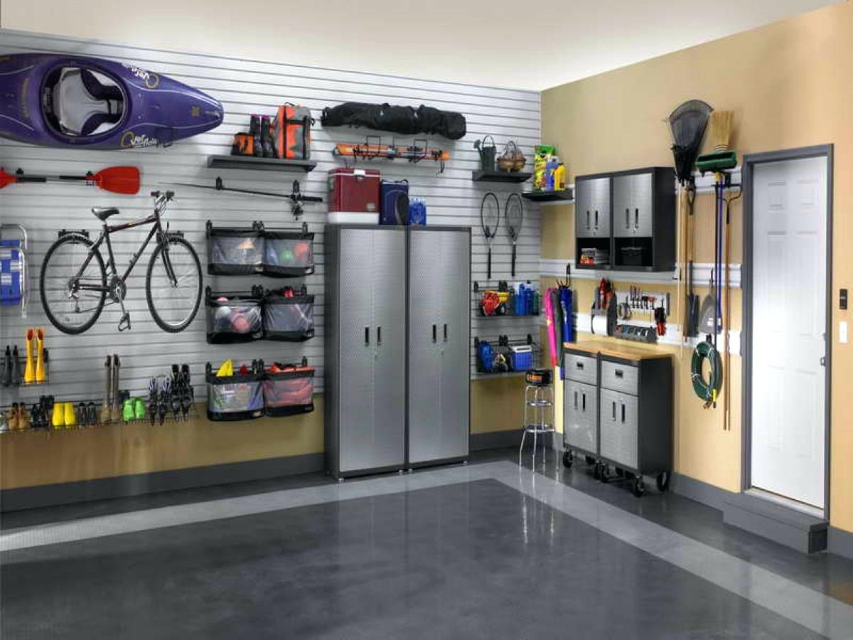 Attractive Paint For Garage Walls And Decorative Accents With For Best And Newest Garage Wall Accents (View 4 of 15)