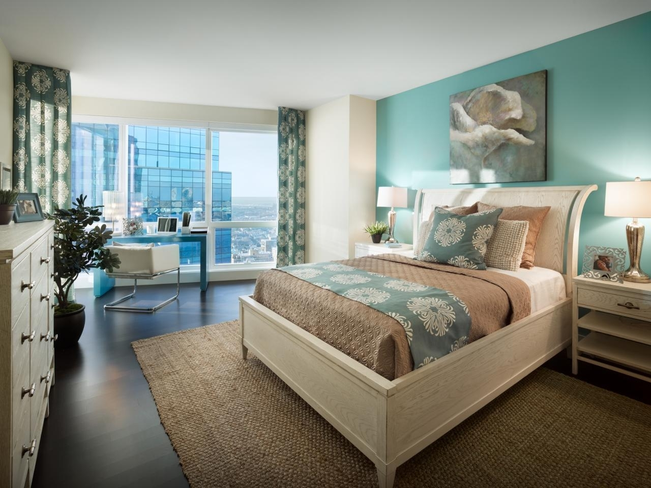 Bedroom | Coastal Accent Use Aquamarine Wall Accent – Contrast Way Inside Most Popular Wall Accents For Beige Room (Gallery 15 of 15)