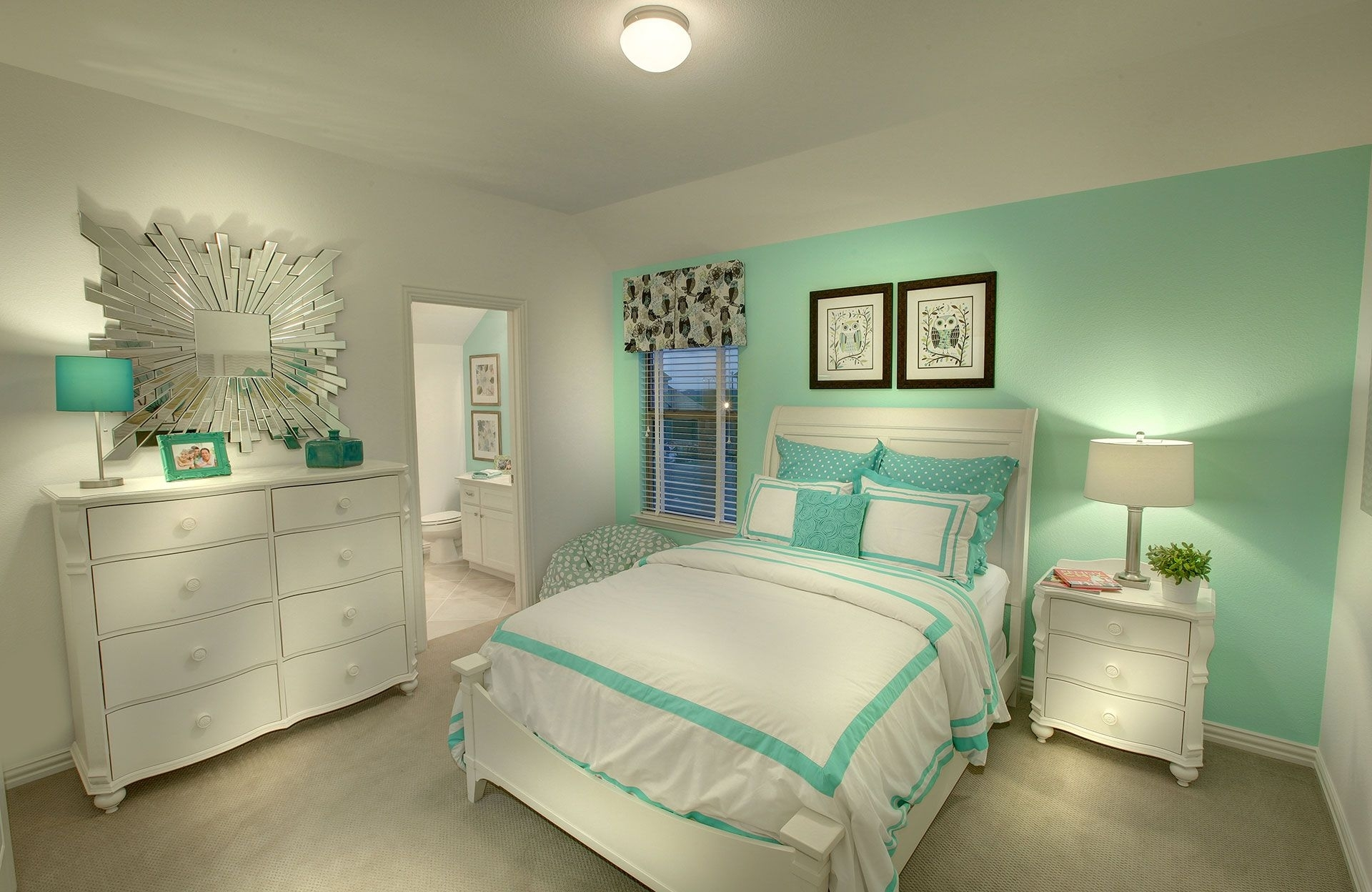 Bedroom Mint Green Bedroom Luxury Bedroom Design Grey And Seafoam In Latest Green Room Wall Accents (View 8 of 15)