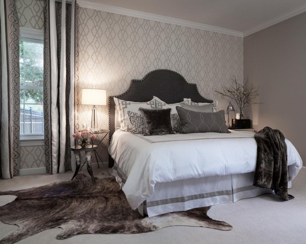 Featured Photo of Wallpaper Bedroom Wall Accents
