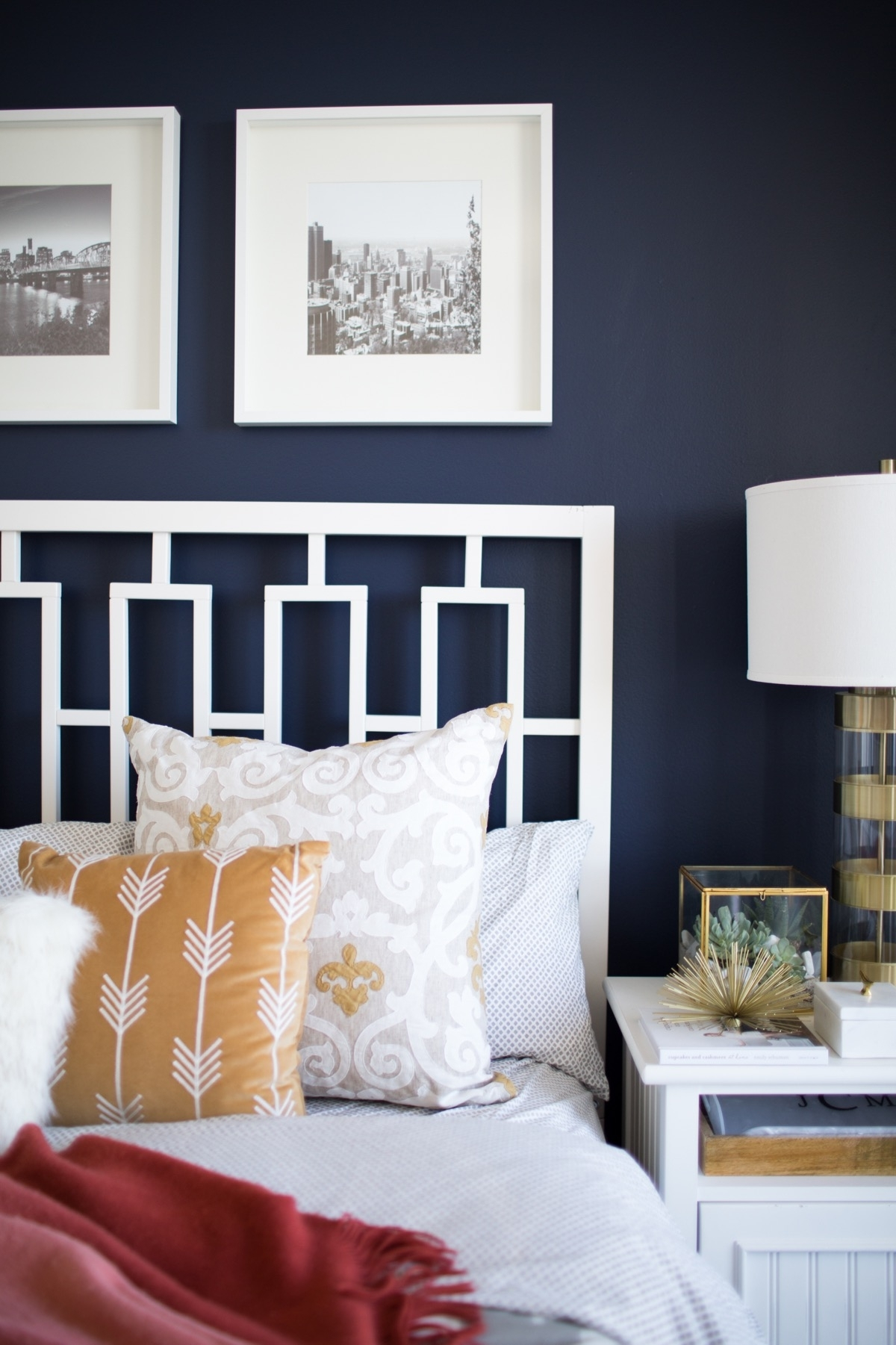Best Navy Bedroom Wall Idea With Newest Navy Wall Accents (View 6 of 15)