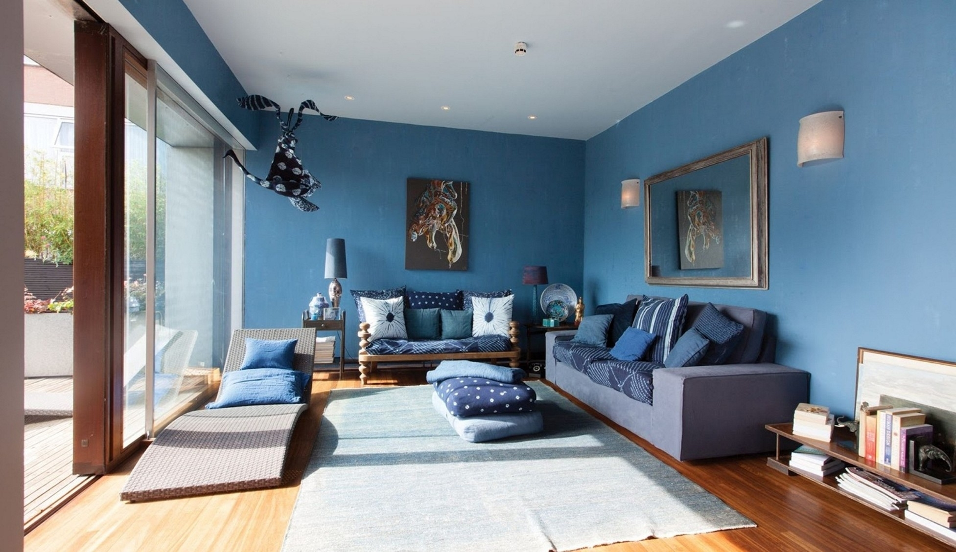 Blue And Gray Living Room Combination : Into The Glass – Blue Intended For Recent Light Blue Wall Accents (View 8 of 15)