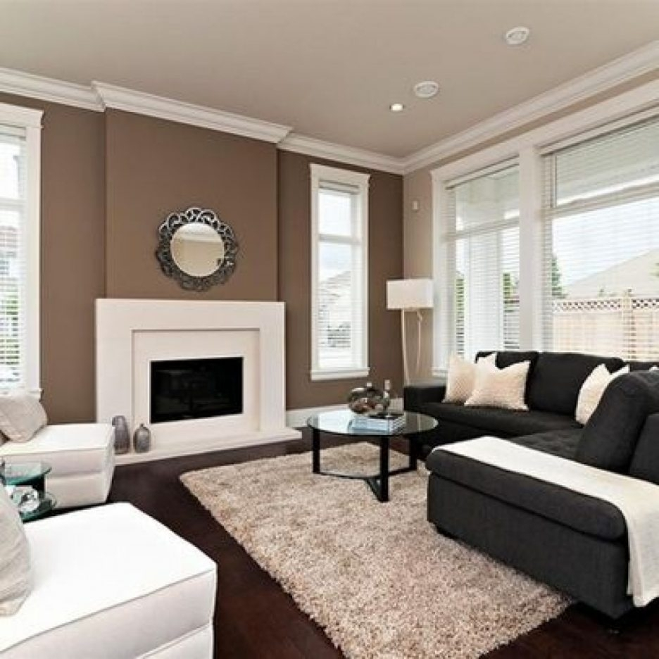 Brown Accent Wall With Tan Walls (View 9 of 15)
