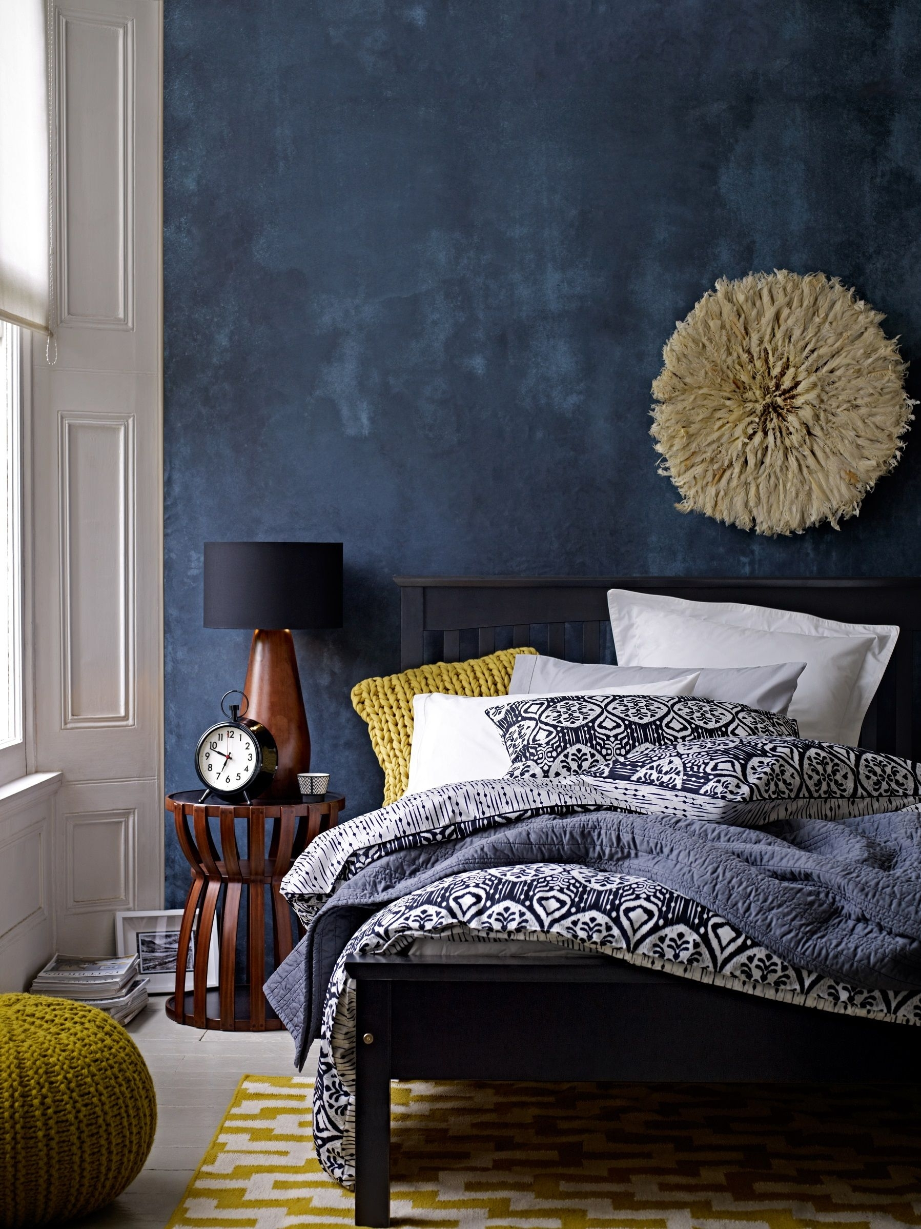 Deep Blue Accent Wall In Modern Eclectic Bedroom – Gorgeous Use Of With Regard To 2017 Blue Wall Accents (View 12 of 15)