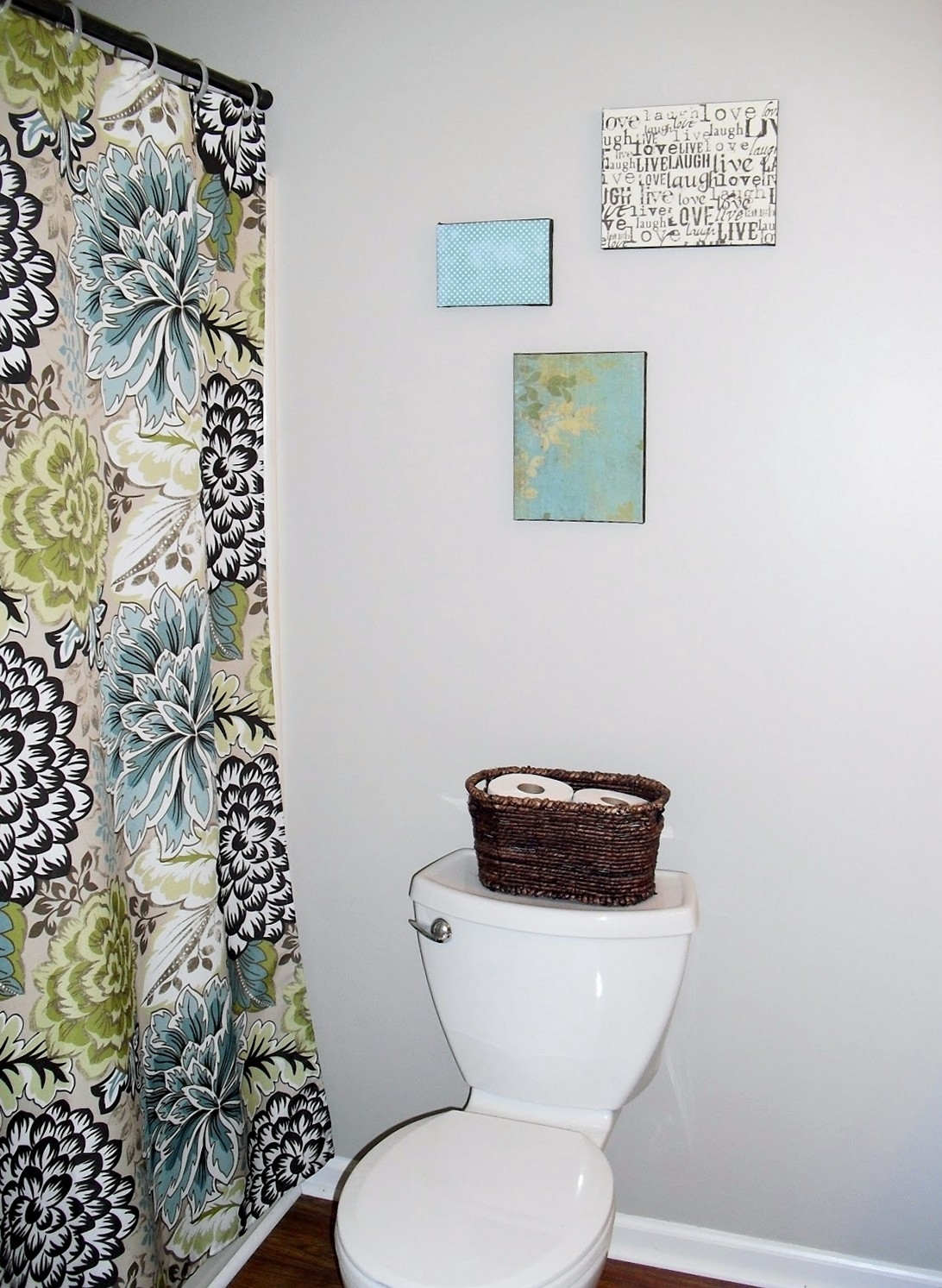 Diy Wall Art Creative And Simple Ideas To Use Intended For Best And Newest Bathroom Canvas Wall Art (View 15 of 15)