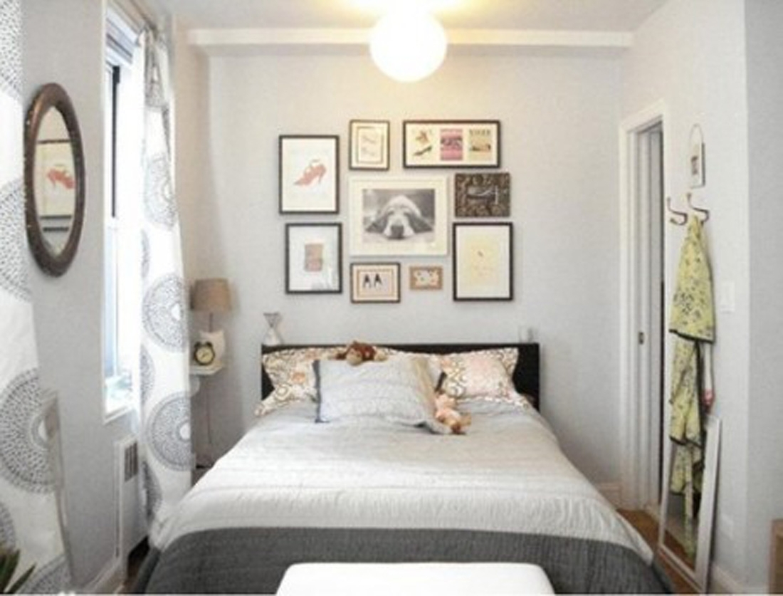 Fair Image Of Modern White And Gray Bedroom Decoration Using With Recent Wall Accents For Small Bedroom (View 12 of 15)