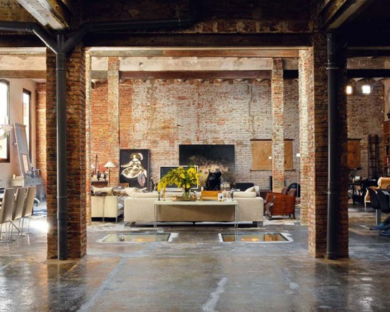 Favored Vintage Style Living Room Decorating Design With Exposed Regarding Most Up To Date Exposed Brick Wall Accents (Gallery 14 of 15)