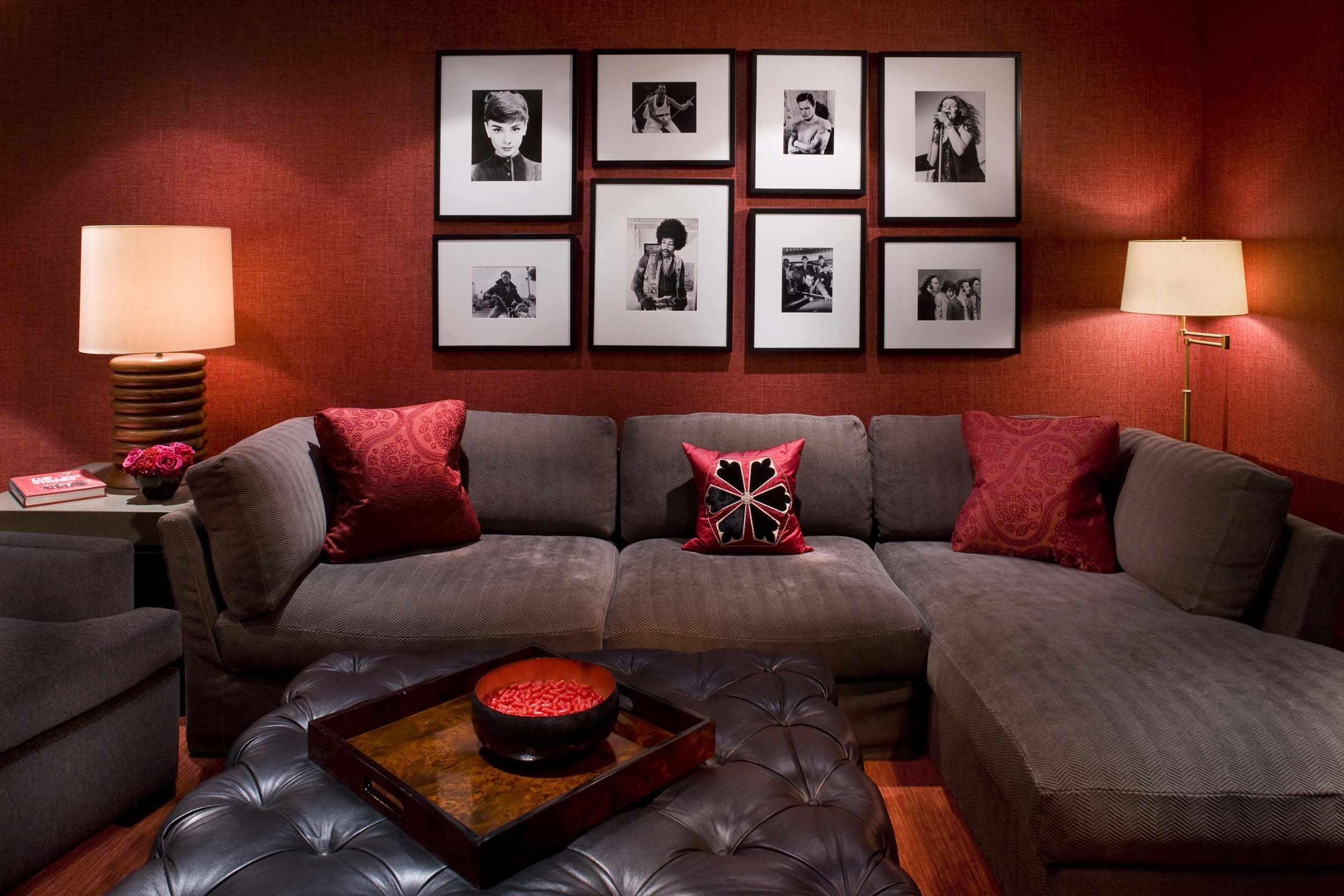 Images Of Red Wall Decor For Living Rooms Home Design Ideas Room Regarding Best And Newest Maroon Wall Accents (View 9 of 15)