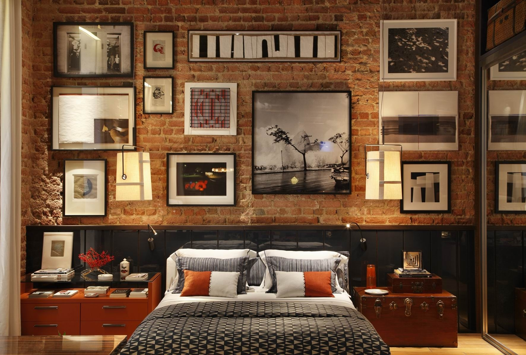 Inspirational Natural Master Bedroom Design Interior With Grand With Regard To 2018 Exposed Brick Wall Accents (View 3 of 15)