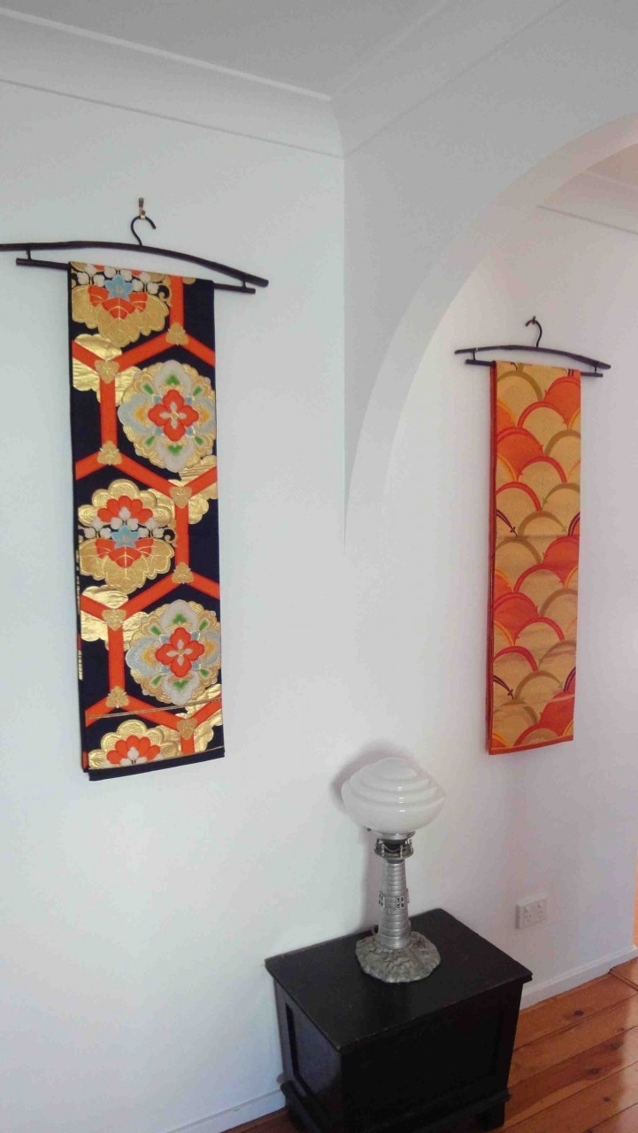 Japanese Obi Wall Hanging // Such Pretty Yet Easy Idea! | Kimono Throughout Most Recently Released Asian Fabric Wall Art (View 4 of 15)