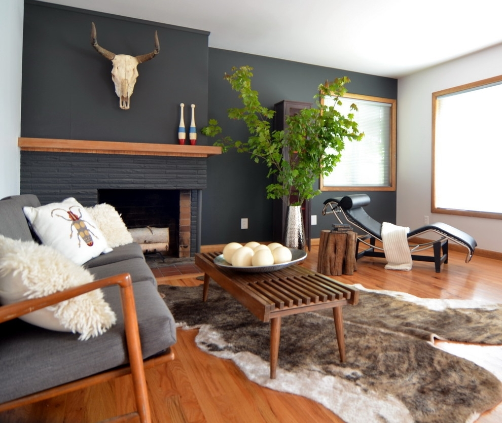 Living Room : Magnificent Black Accent Wall In Livingoom Image Throughout Most Popular Wall Accents For Fireplace (View 14 of 15)