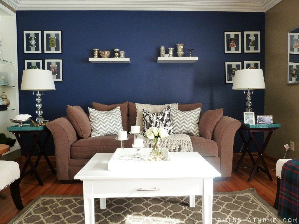 living room with blue accents navy blue living room accent wall www lightneasy net 18654