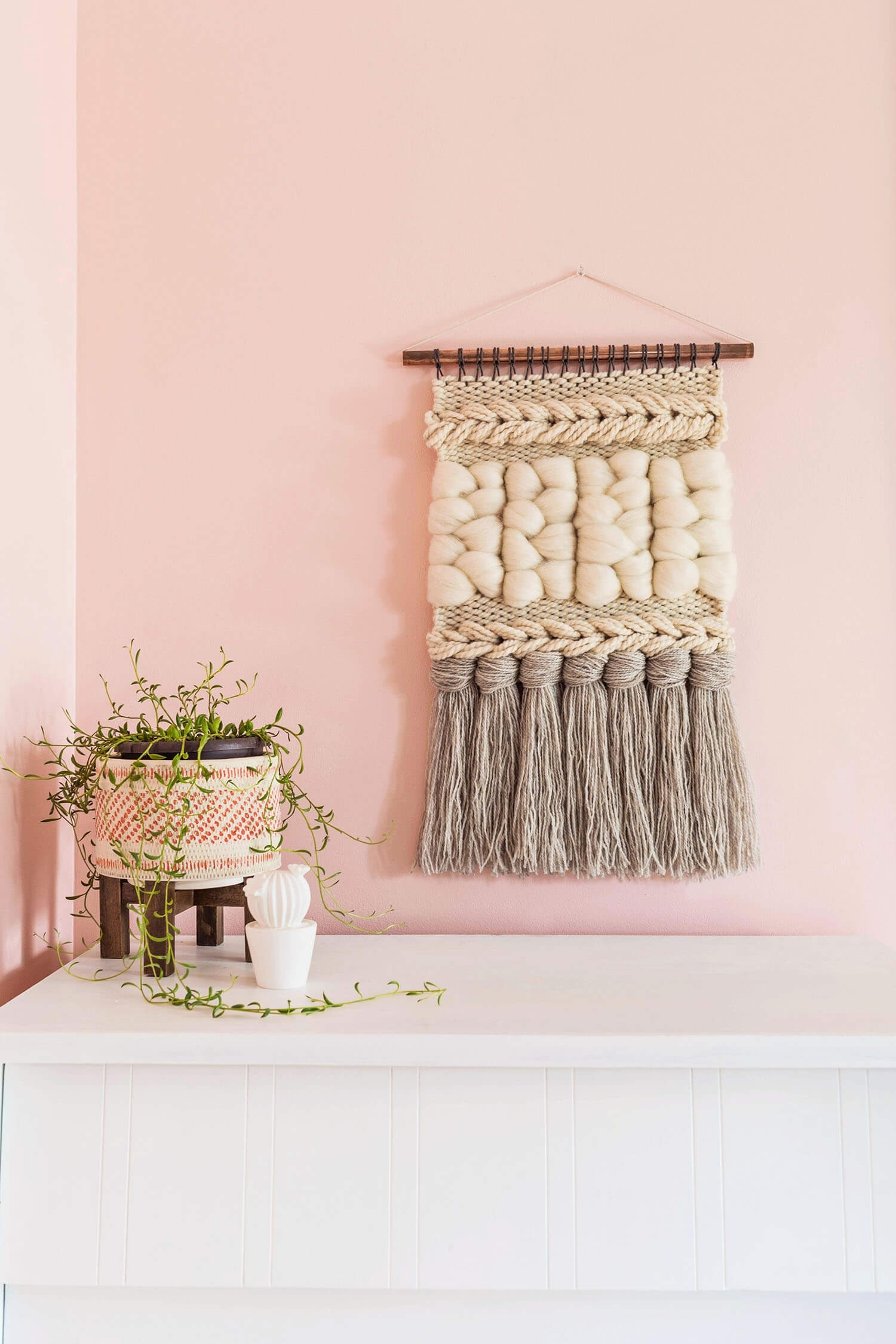 Quick Weave Wall Hanging Diy – A Beautiful Mess For Latest Diy Textile Wall Art (View 12 of 15)