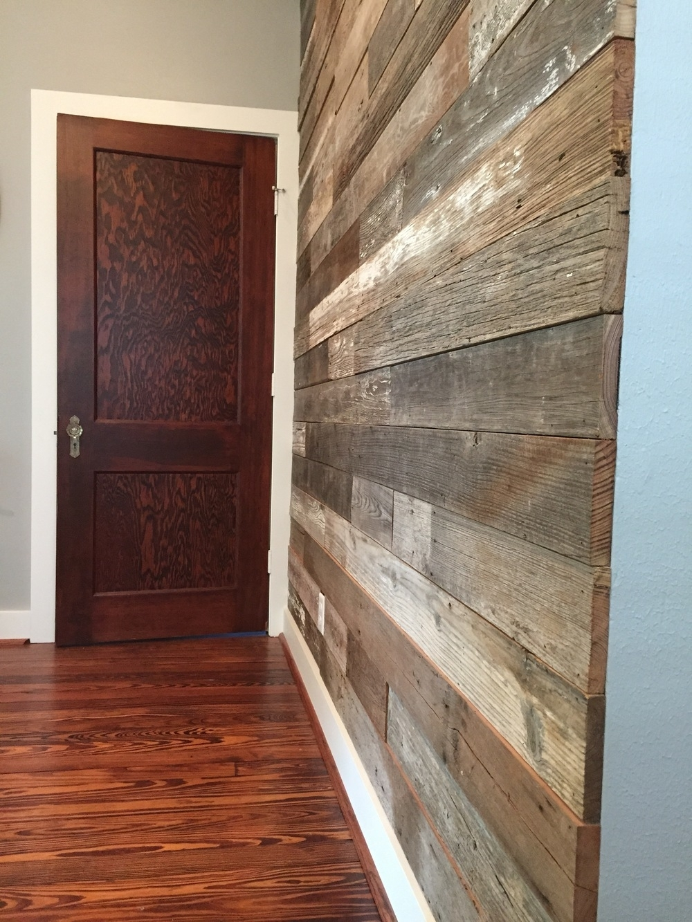 Shiplap Accent Wall 51 With Shiplap Accent Wall | Mj Kitchen For Most Current Wall Accents With Laminate Flooring (View 13 of 15)