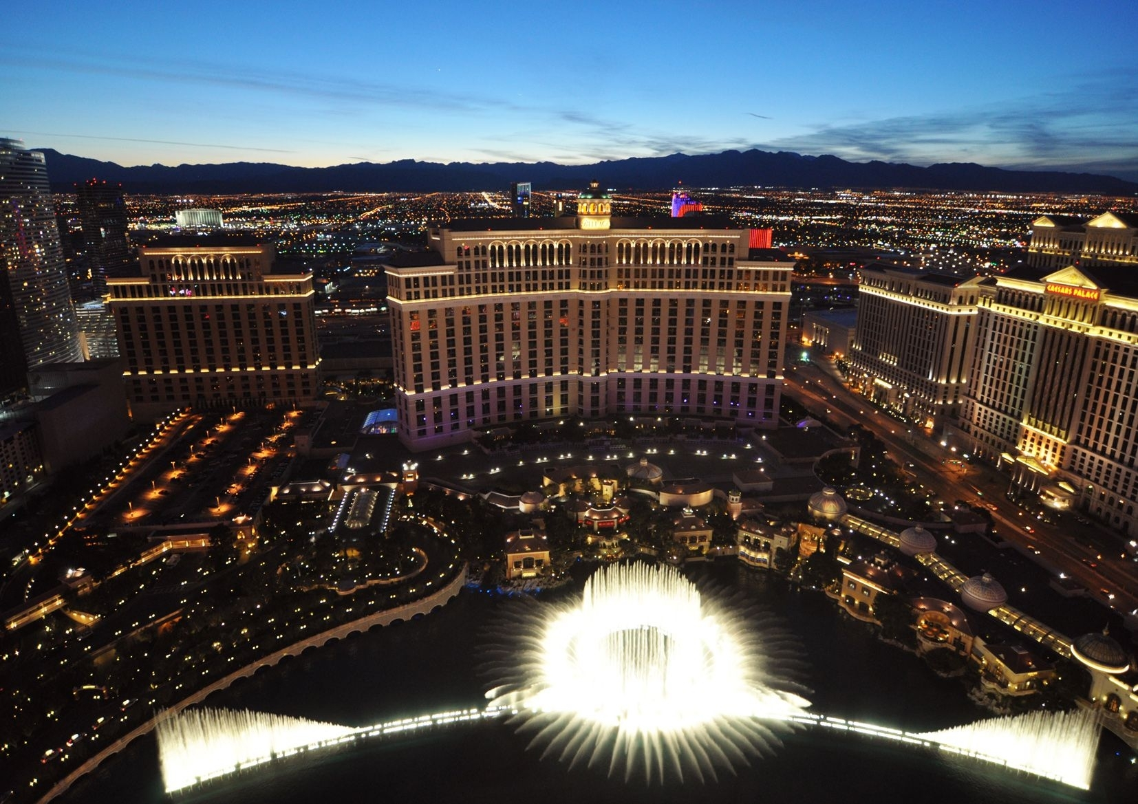 The Bellagio Fountains Las Vegas Nevada. Print Poster Canvas Regarding Most Popular Las Vegas Canvas Wall Art (Gallery 9 of 15)