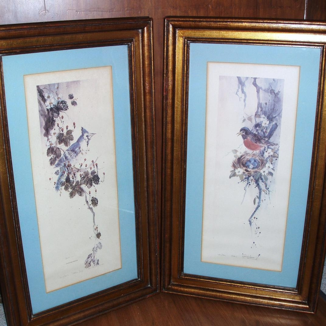 Vintage Wood Framed Bird Prints Robin Blue Jay Watercolor Prints Throughout Most Recent Birds Framed Art Prints (View 14 of 15)