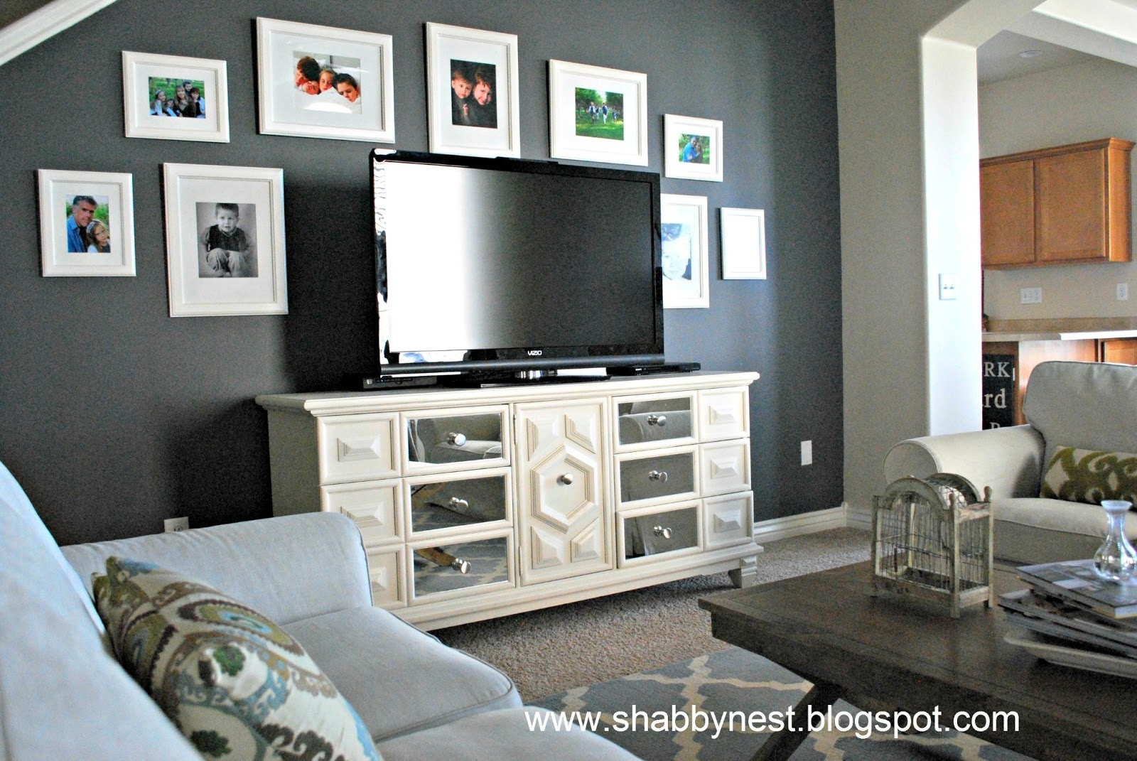Wall Decor: Awesome Decorating A Living Room With Gray Walls Within 2018 Wall Accents For Grey Room (Gallery 3 of 15)