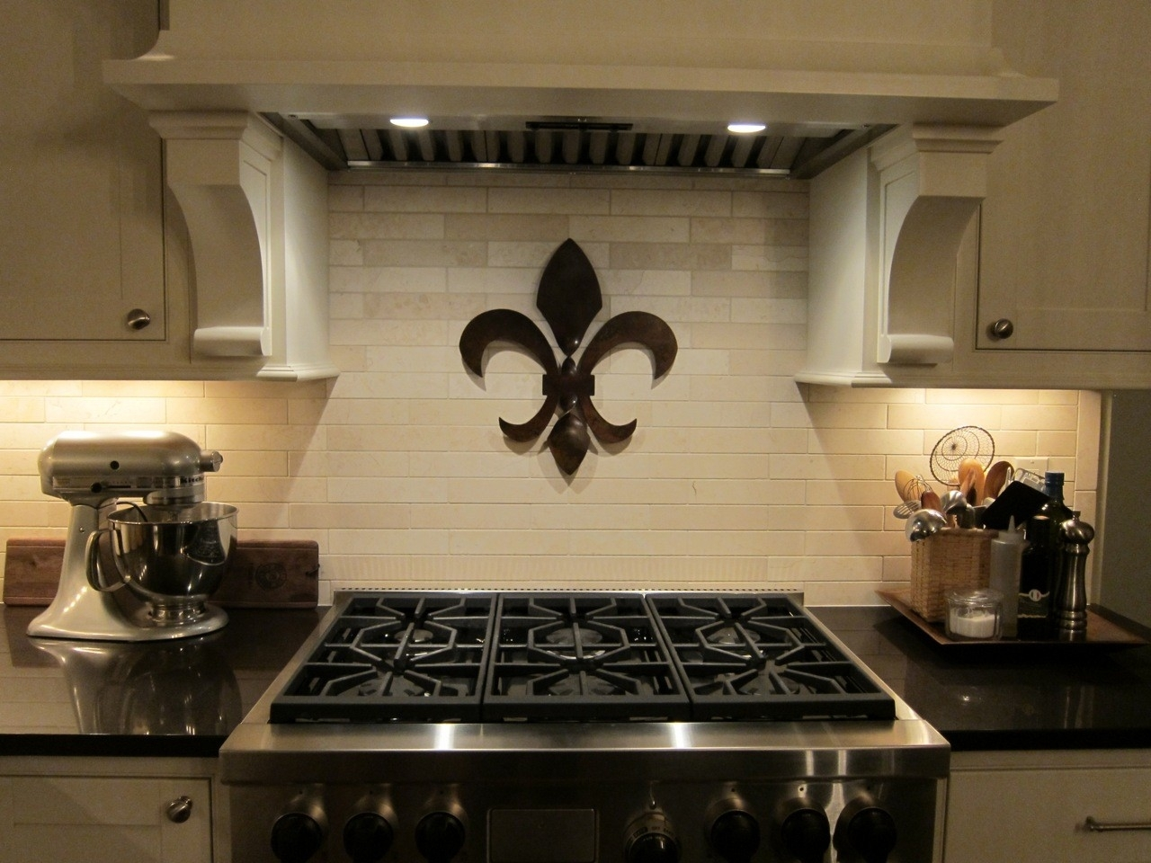 Best Fleur De Lis Wall Decor — Charter Home Ideas : How To Decorate In Most Recently Released Fleur De Lis Wall Art (View 18 of 20)