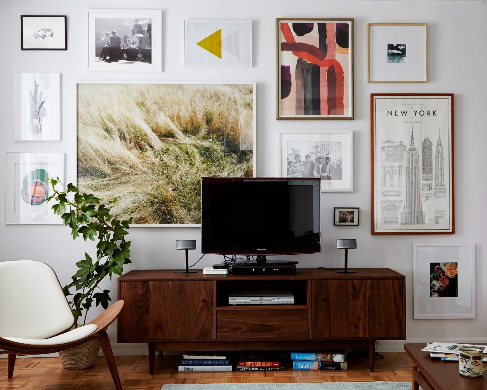 Our Favorite Affordable Large Scale Art (And How To Get It In Your Intended For Most Current Affordable Wall Art (Gallery 20 of 20)
