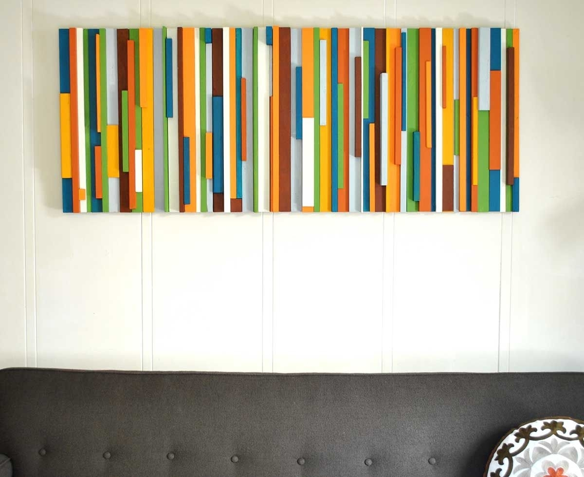 Wall Decorating Ideas | Start With A Theme (Classic / Modern Pertaining To Newest Modern Wall Art (View 8 of 15)