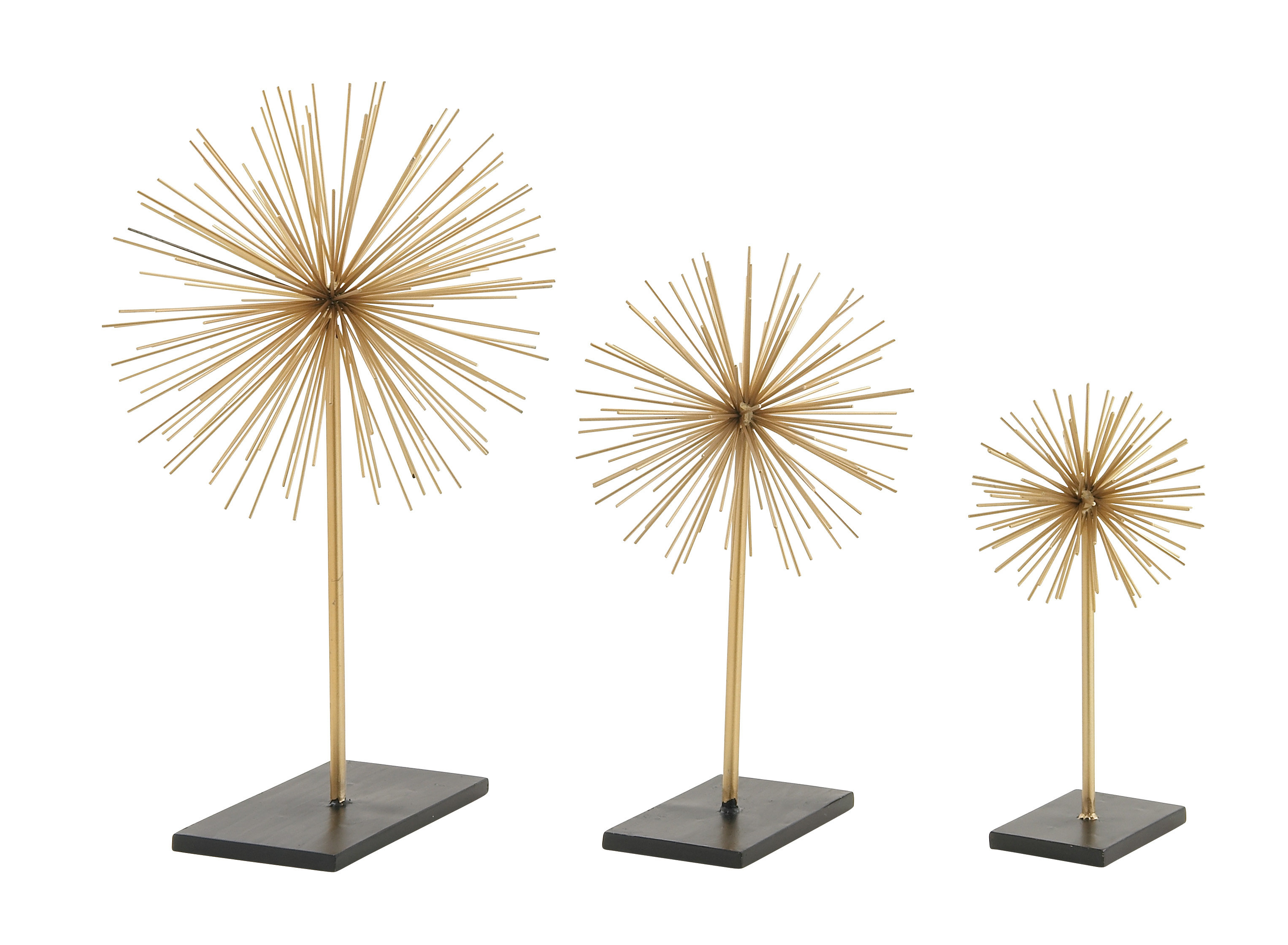 Cosmolivingcosmopolitan 3 Piece Metal 3D Star Sculpture Set With Current Set Of 3 Contemporary 6, 9, And 11 Inch Gold Tin Starburst Sculptures (Gallery 6 of 20)