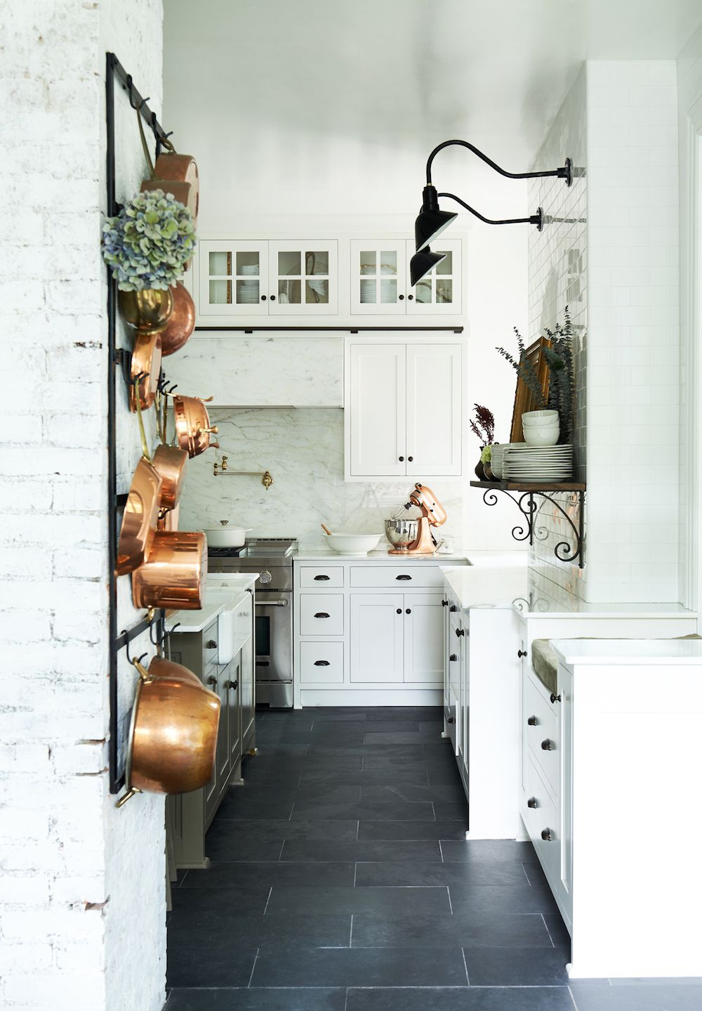 Newest Casual Country Eat Here Retro Wall Decor in 13 Chic French-Country Kitchens - Farmhouse Kitchen Style Inspiration