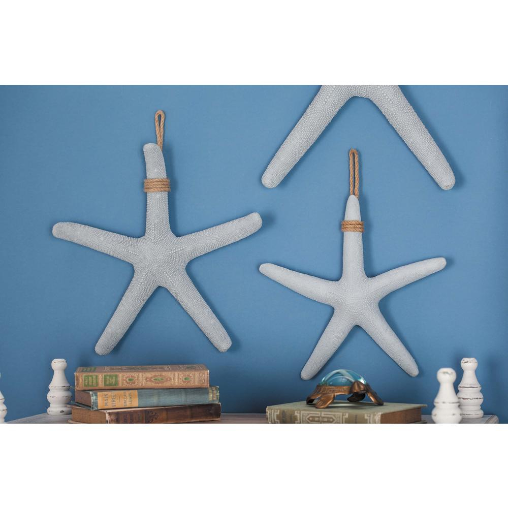 2020 Litton Lane Coastal Living White And Gray Polystone Rope Starfish Intended For Yelton 3 Piece Starfish Wall Decor Sets (View 1 of 20)