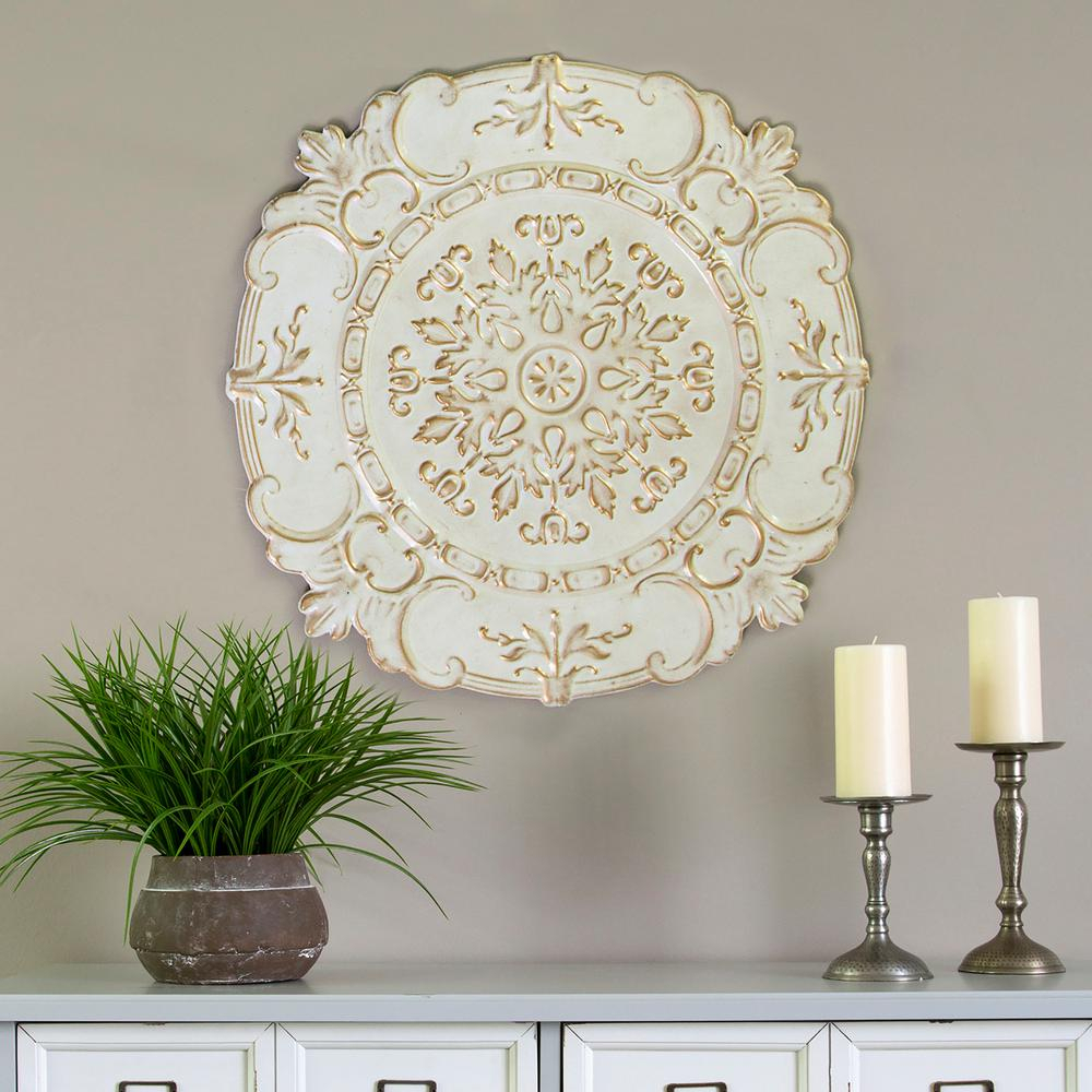 Best And Newest Stratton Home Decor White Metal European Medallion Wall Decor S09597 Inside Shabby Medallion Wall Decor (View 6 of 20)