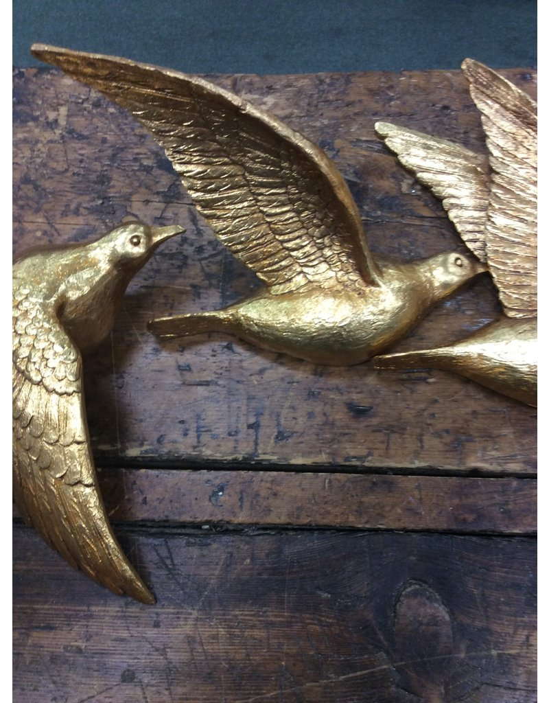 Charlton Home 3 Piece Polystone Bird Wall Decor Set – Heirloom Home With Well Known Metal Wall Decor By Charlton Home (View 4 of 20)