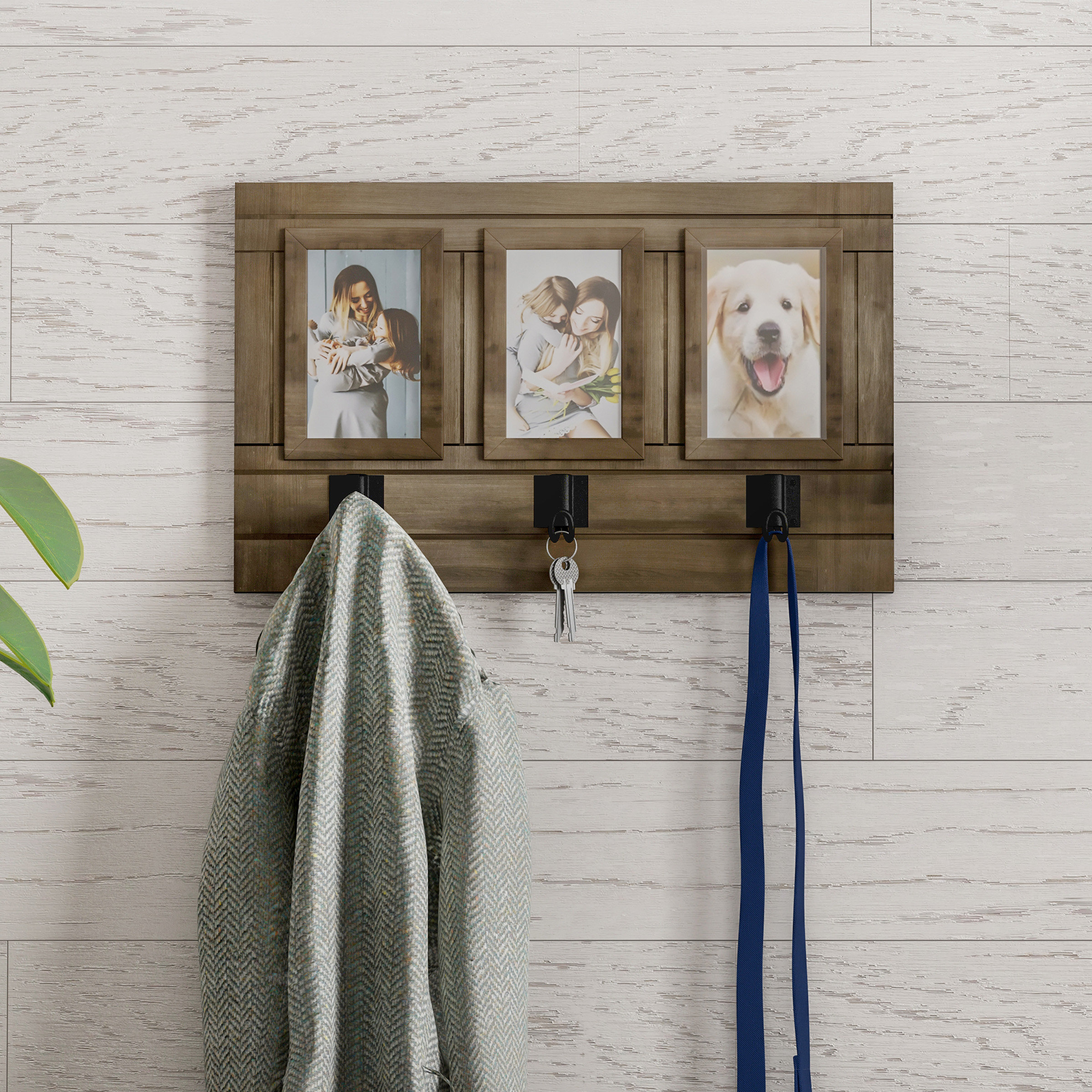 Millanocket Metal Wheel Photo Holder Wall Decor Within Most Current Delyth Wall Picture Frame (View 14 of 20)
