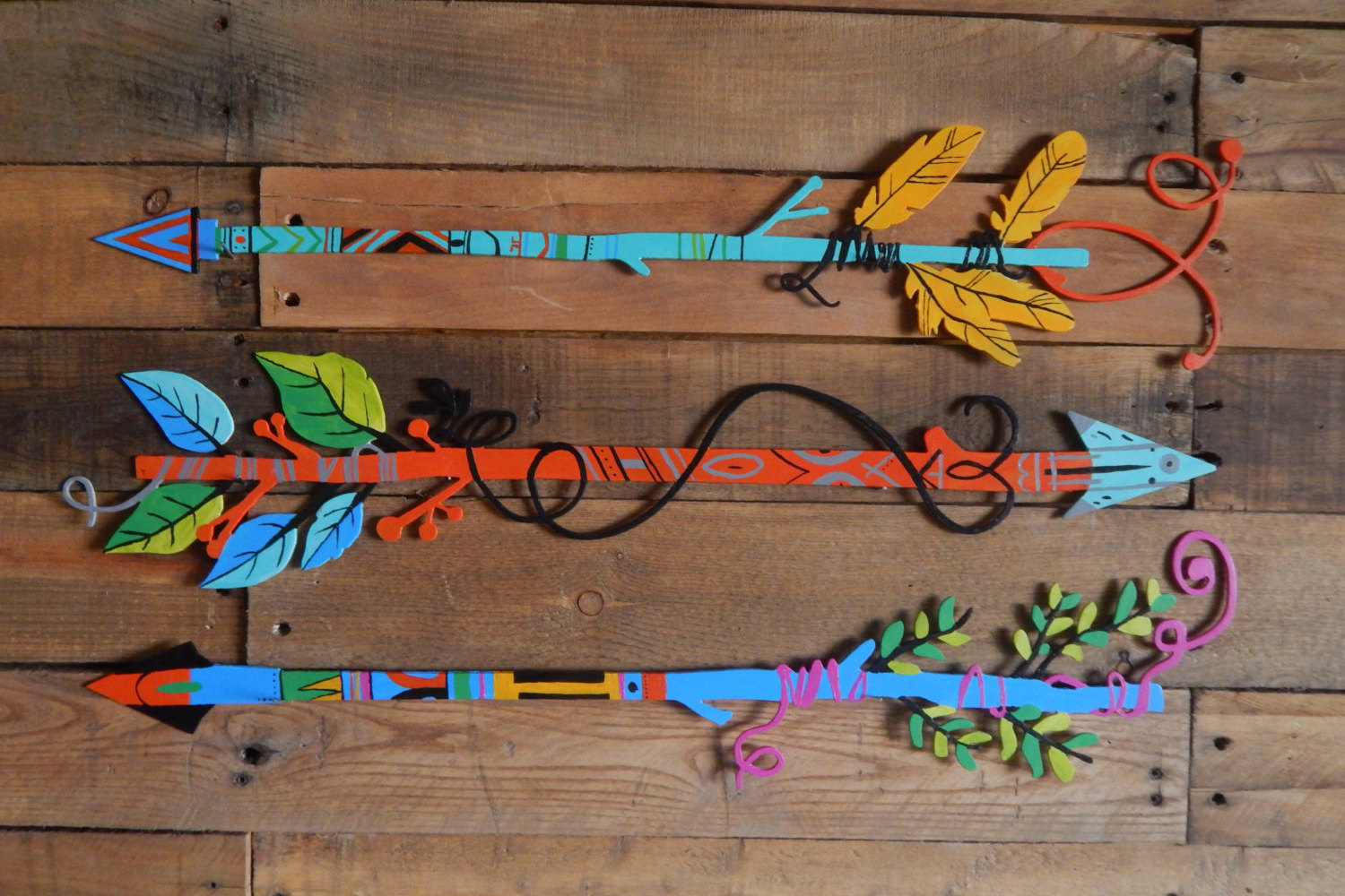 Western Metal Wall Art – Boho Decor – Hand Painted Arrows Feathers Pertaining To Most Recent Brown Metal Tribal Arrow Wall Decor (Gallery 8 of 20)