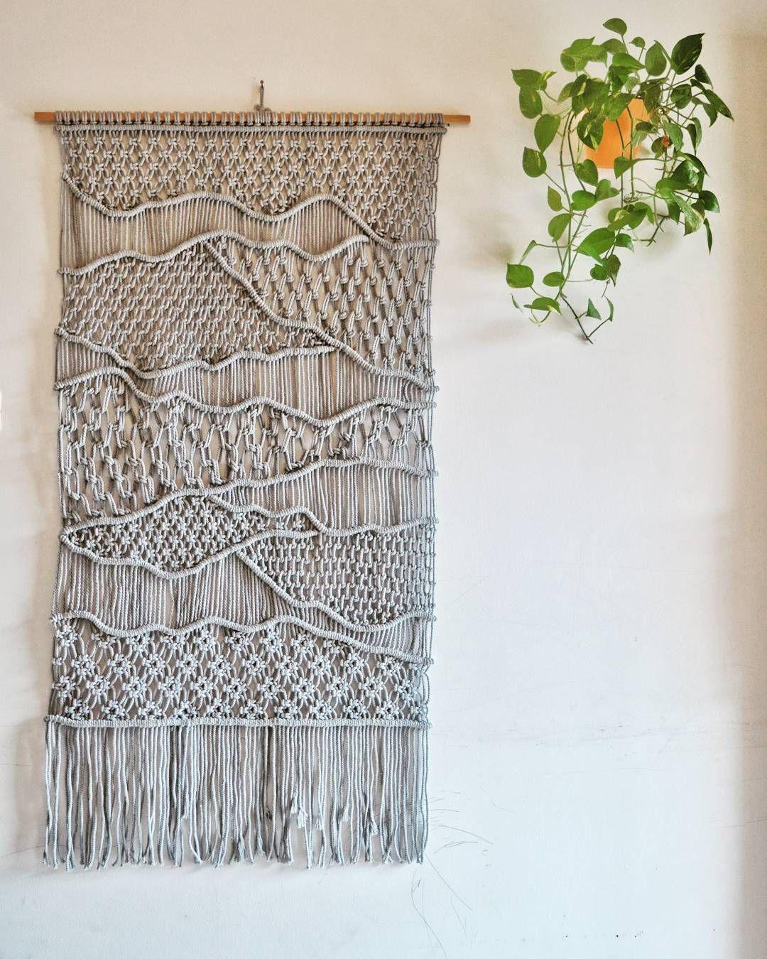 500+ Ideias De Crochê Em 2021 | Crochê, Tricô E Crochê Throughout Current Blended Fabric Saber Wall Hangings With Rod (View 17 of 20)