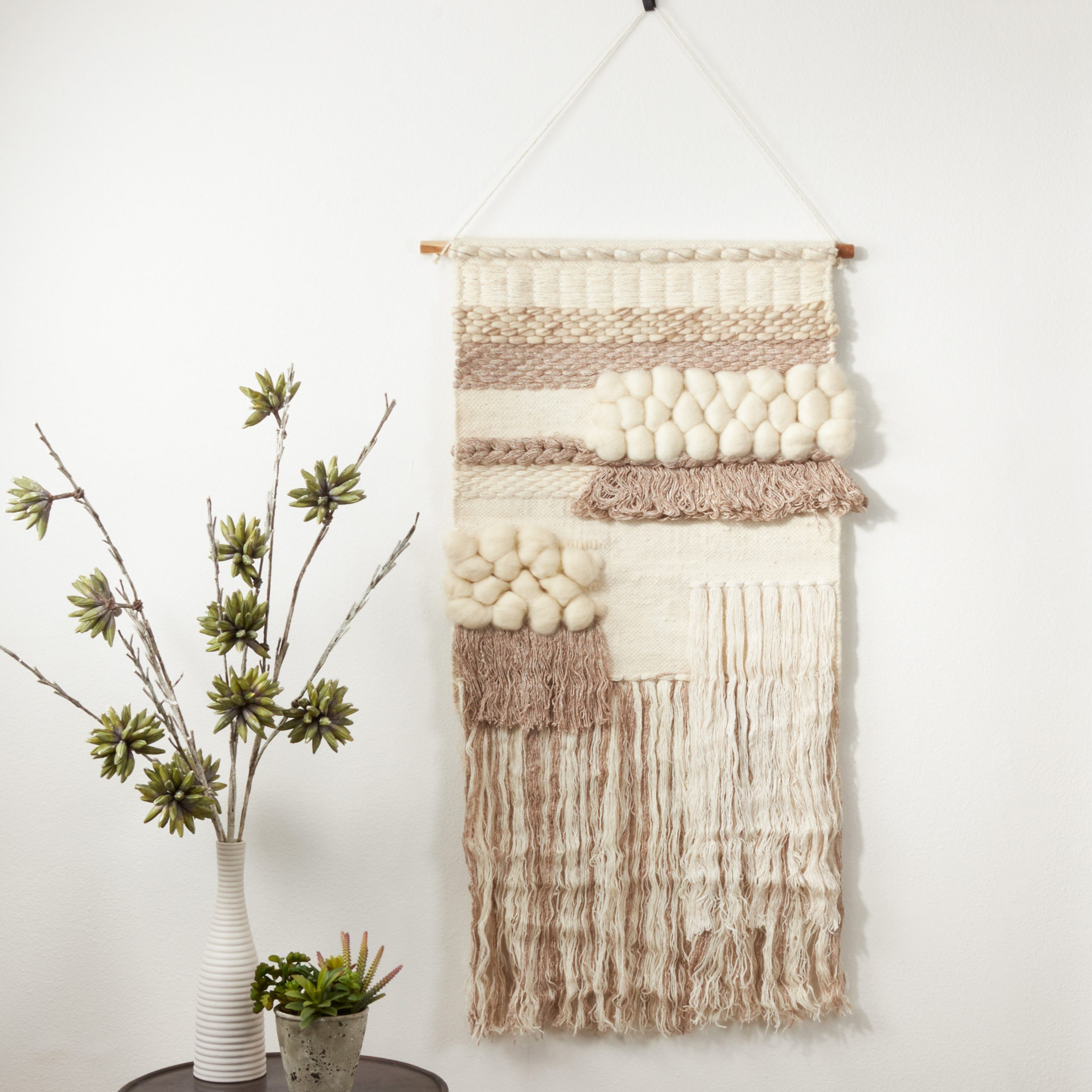 Featured Photo of Blended Fabric Fringed Design Woven with Rod