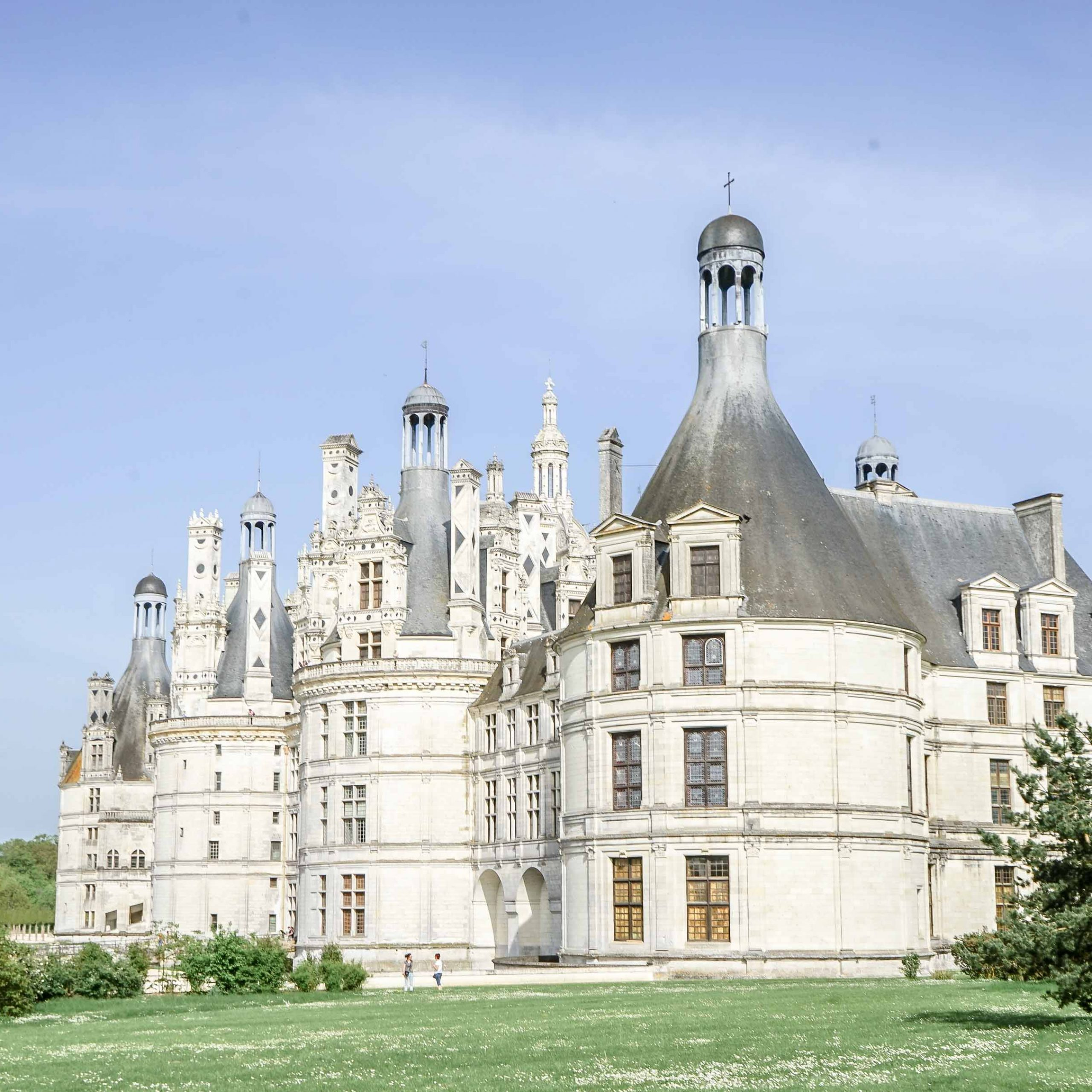 Chateau De Chambord | O'bon Paris | Easy To Be Parisian With Latest Chambord Castle I European Wall Hangings (View 16 of 20)