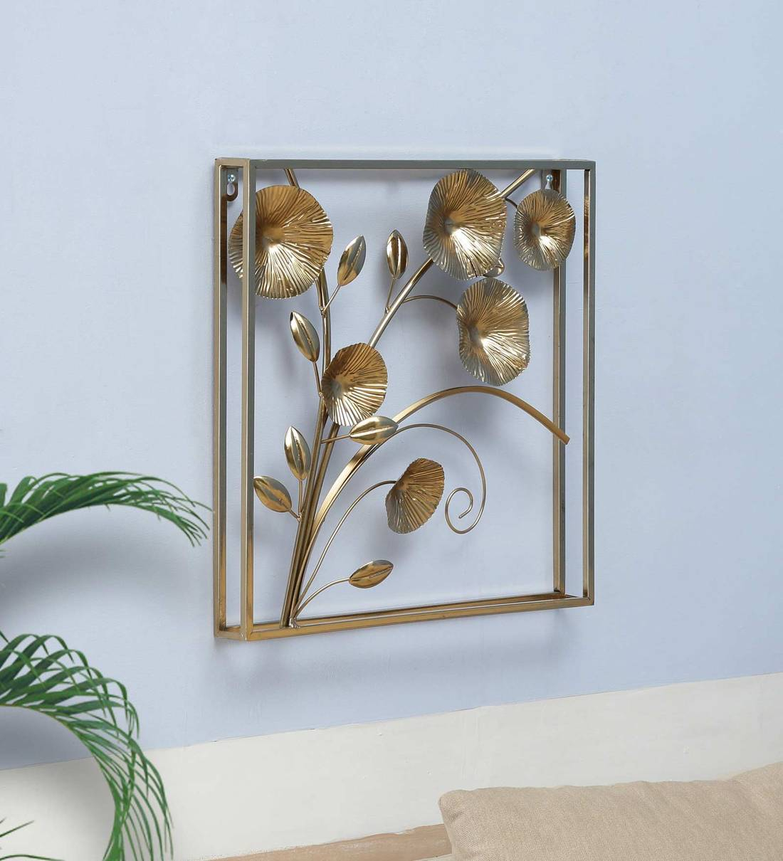 Metal Leaf Panel In Golden Wall Art With Most Recently Released Blended Fabric Leaves Wall Hangings (View 13 of 20)