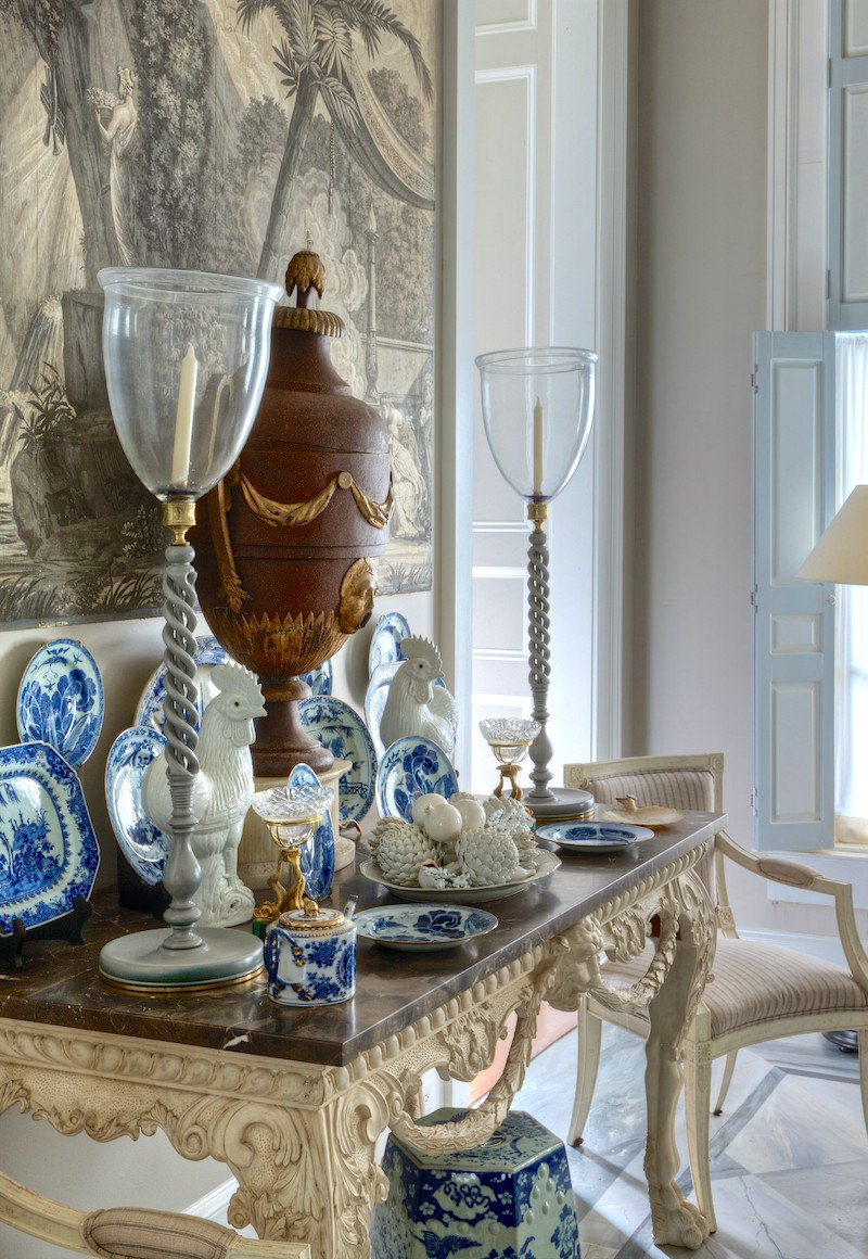 What Happens When You Mix Chinoiserie Decor With Gustavian Within Most Popular Blended Fabric Hidden Garden Chinoiserie Wall Hangings With Rod (View 9 of 20)